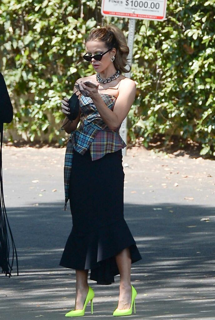 Kate Beckinsale in a Black Skirt