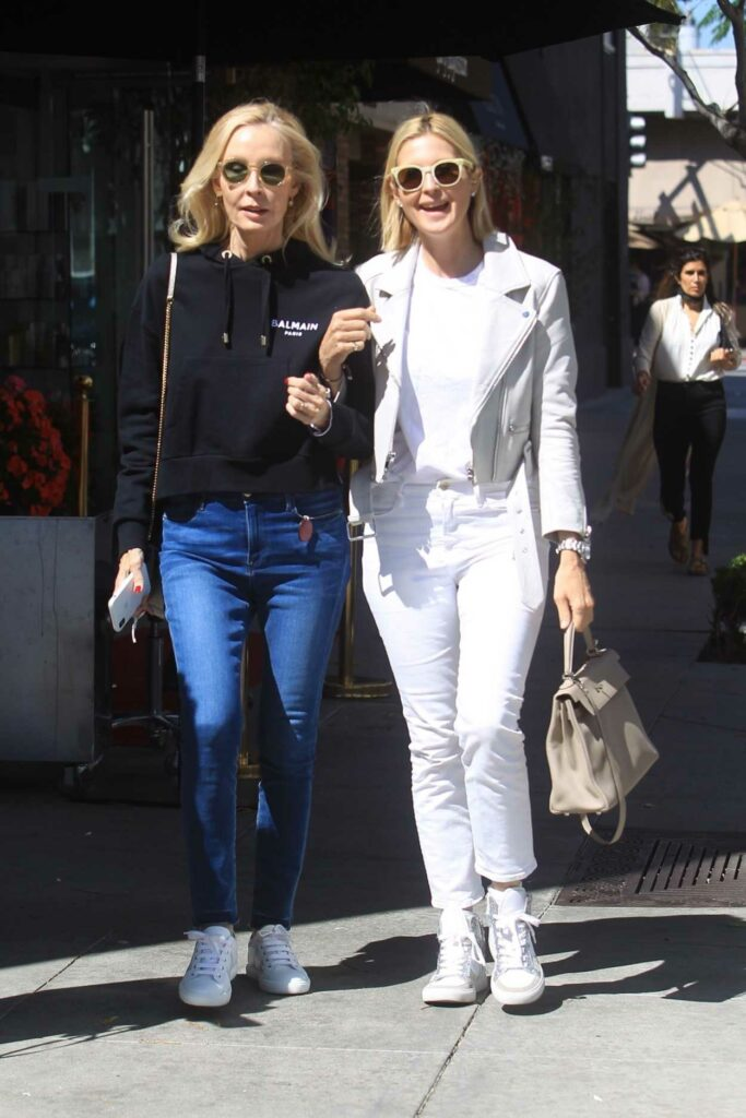 Kelly Rutherford in a White Jacket