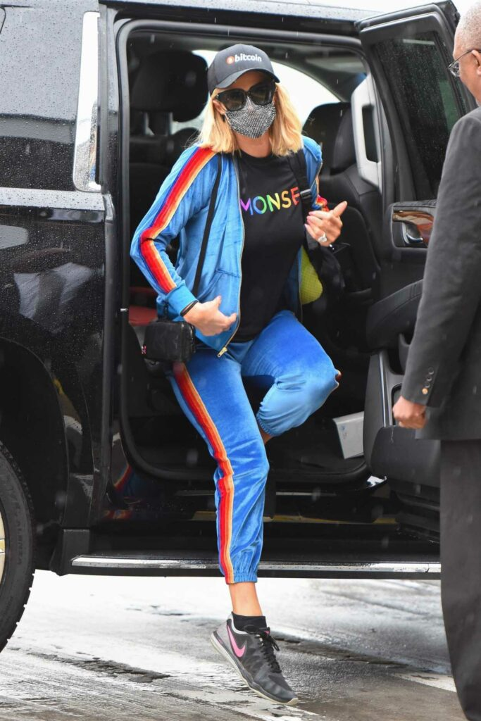 Paris Hilton in a Black Tee