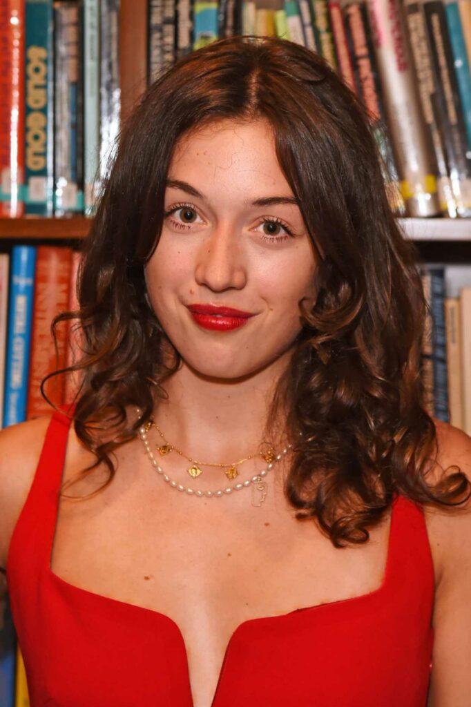 Olivia Petter