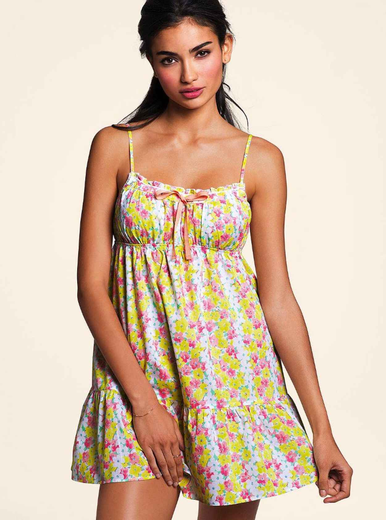 Kelly Gale Photoshoot for Victorias Secret (2014)-1