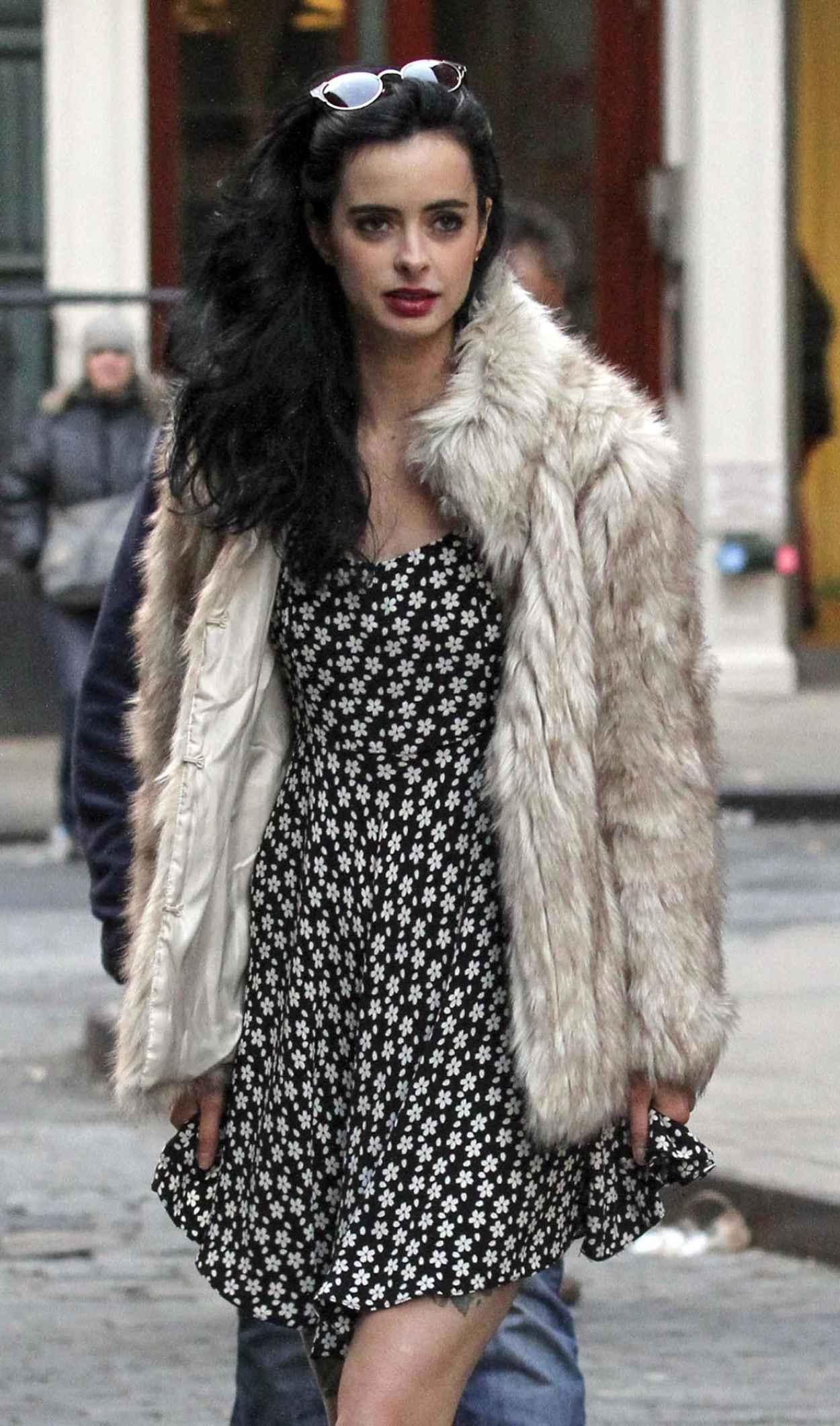 Krysten Ritter on the Set of ASTHMA Movie in New York-1