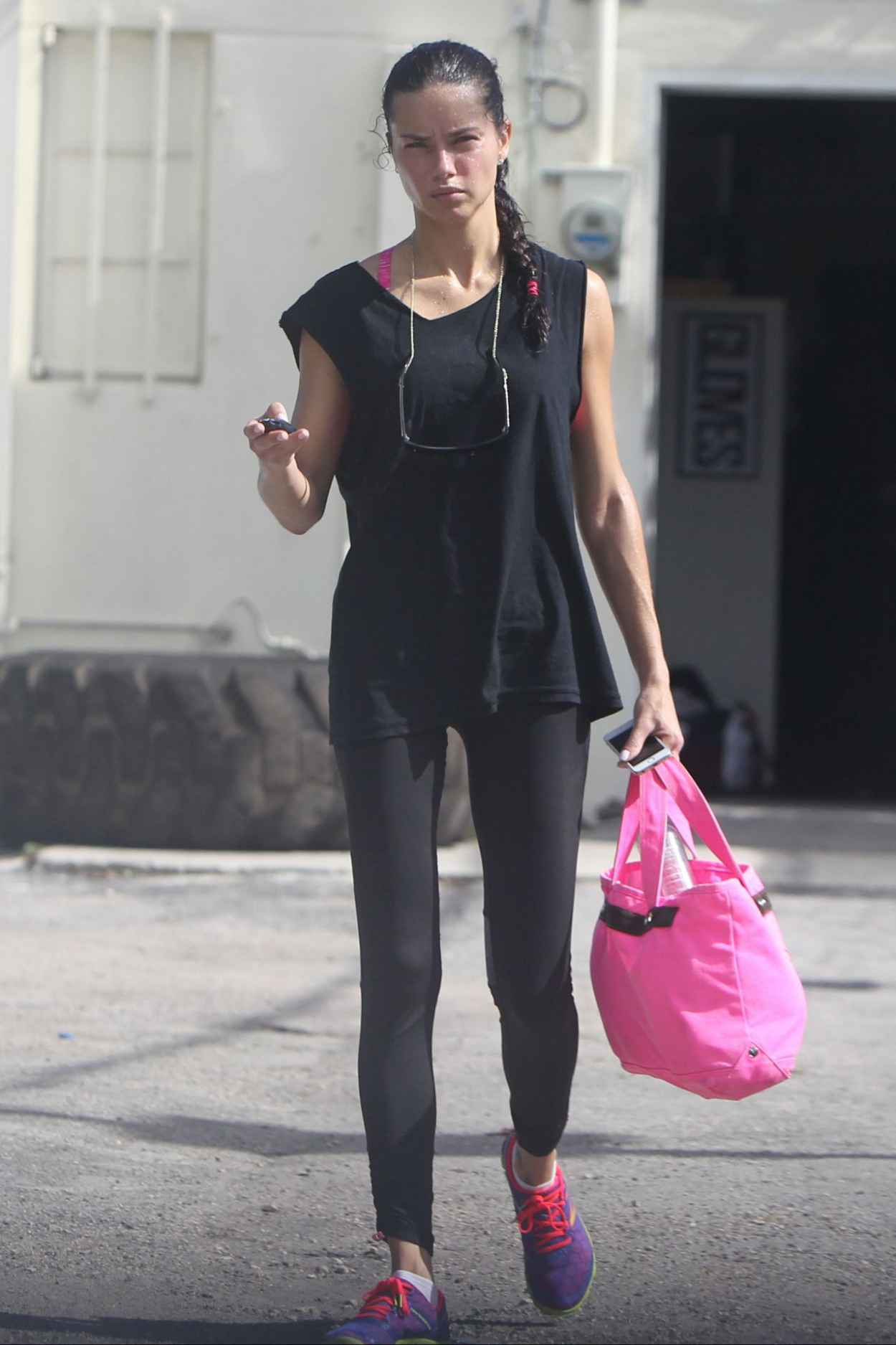 Adriana Lima Gym Style - Leaving a Gym in Miami. January 2015-1