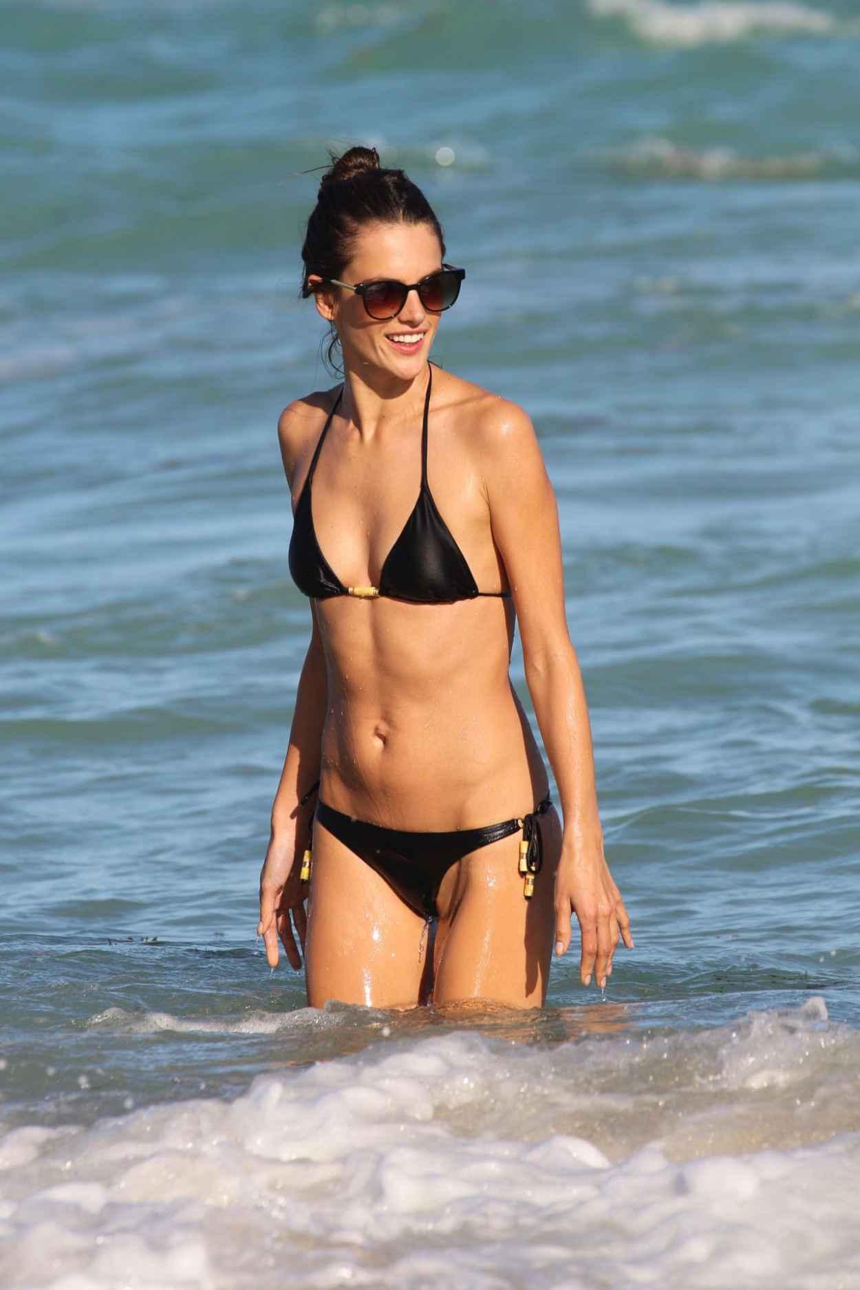 Alessandra Ambrosio in a Bikini at the Beach in Miami - December 2015-1