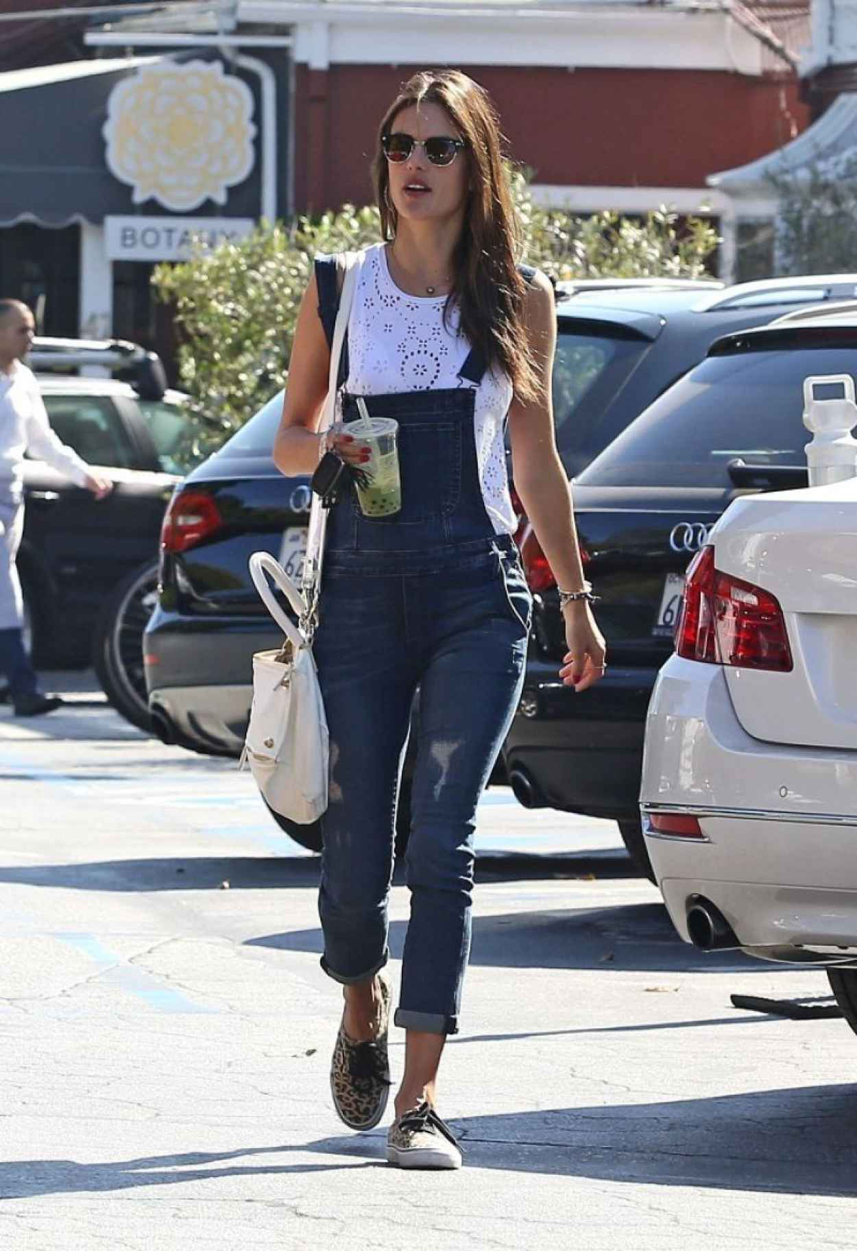 Alessandra Ambrosio Street Style - Brentwood Country Mart, Feb. 2015-1