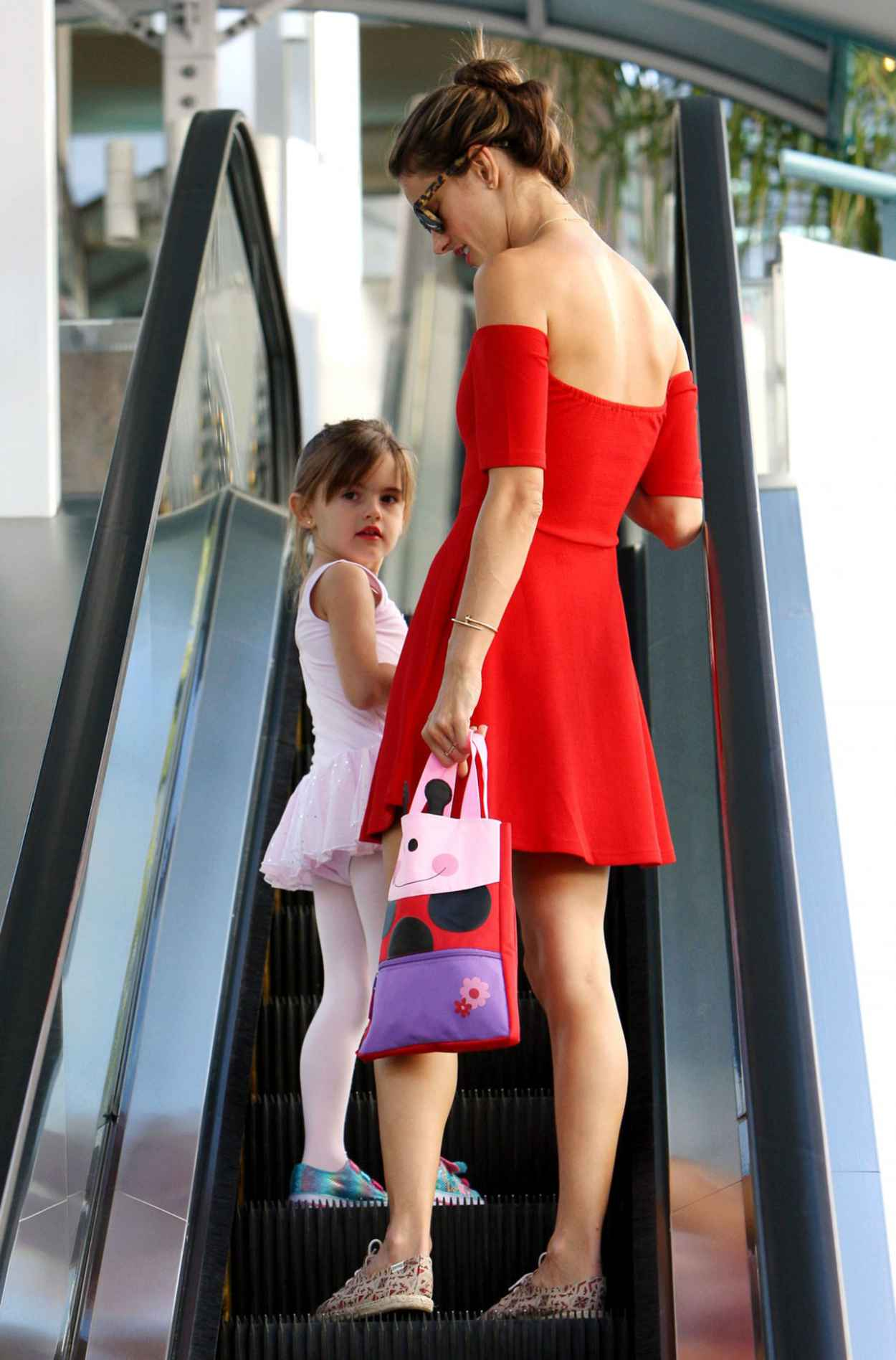 Alessandra Ambrosio - Takes Her Daughter Anja to Ballet Classes in Brentwood-1