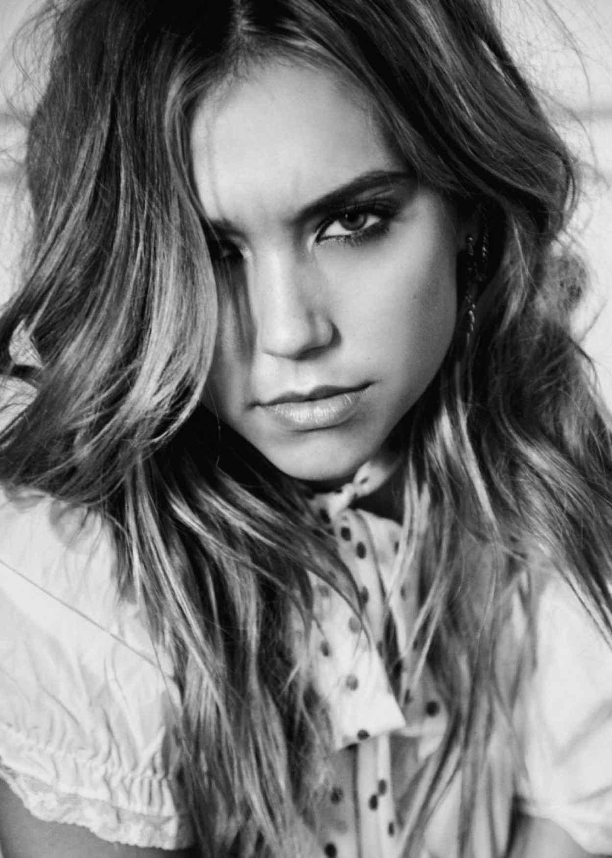 Alexis Ren - Photoshoot 2015-1