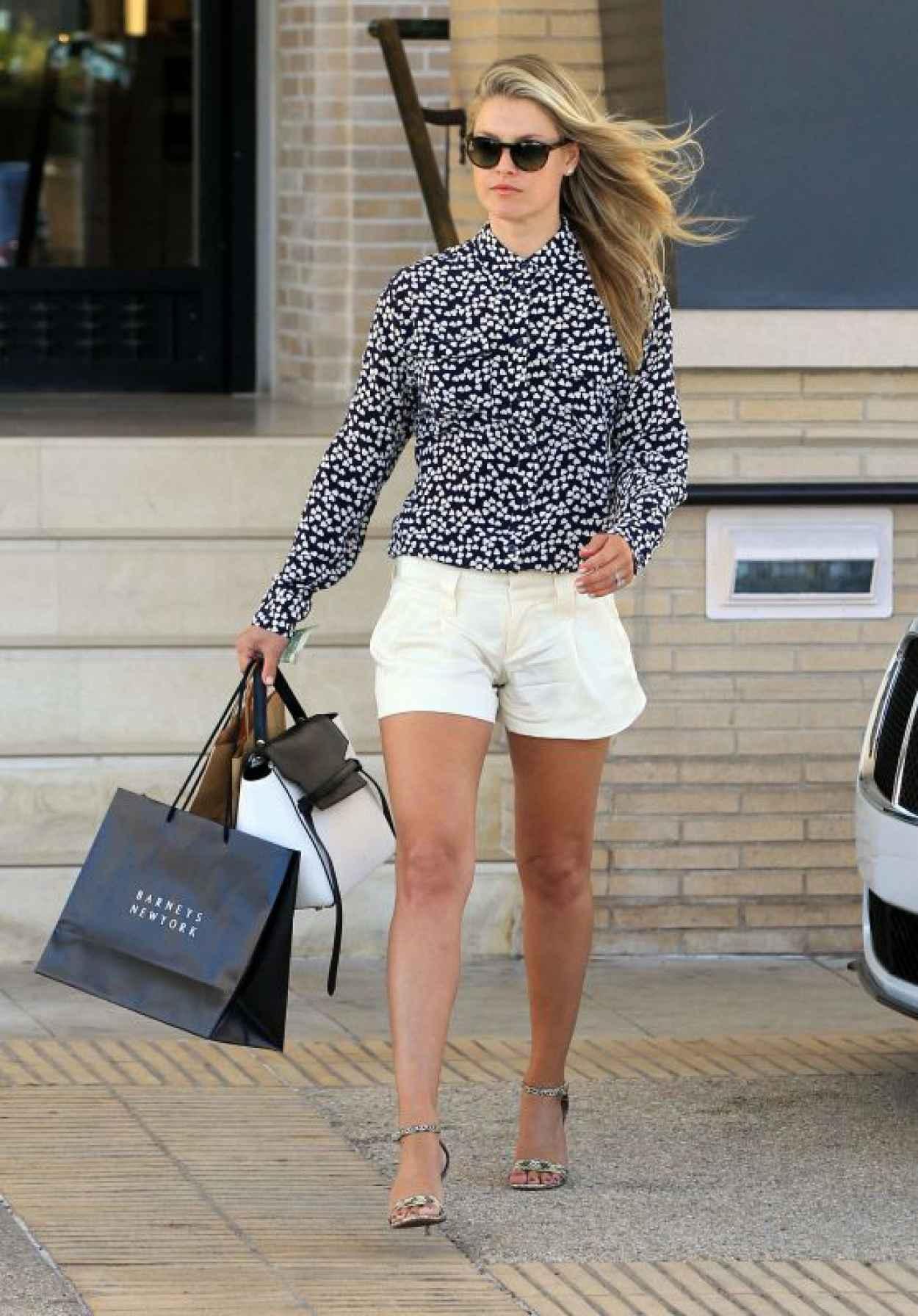 Ali Larter - Shopping at Barneys New York in Beverly Hills, August 2015-1