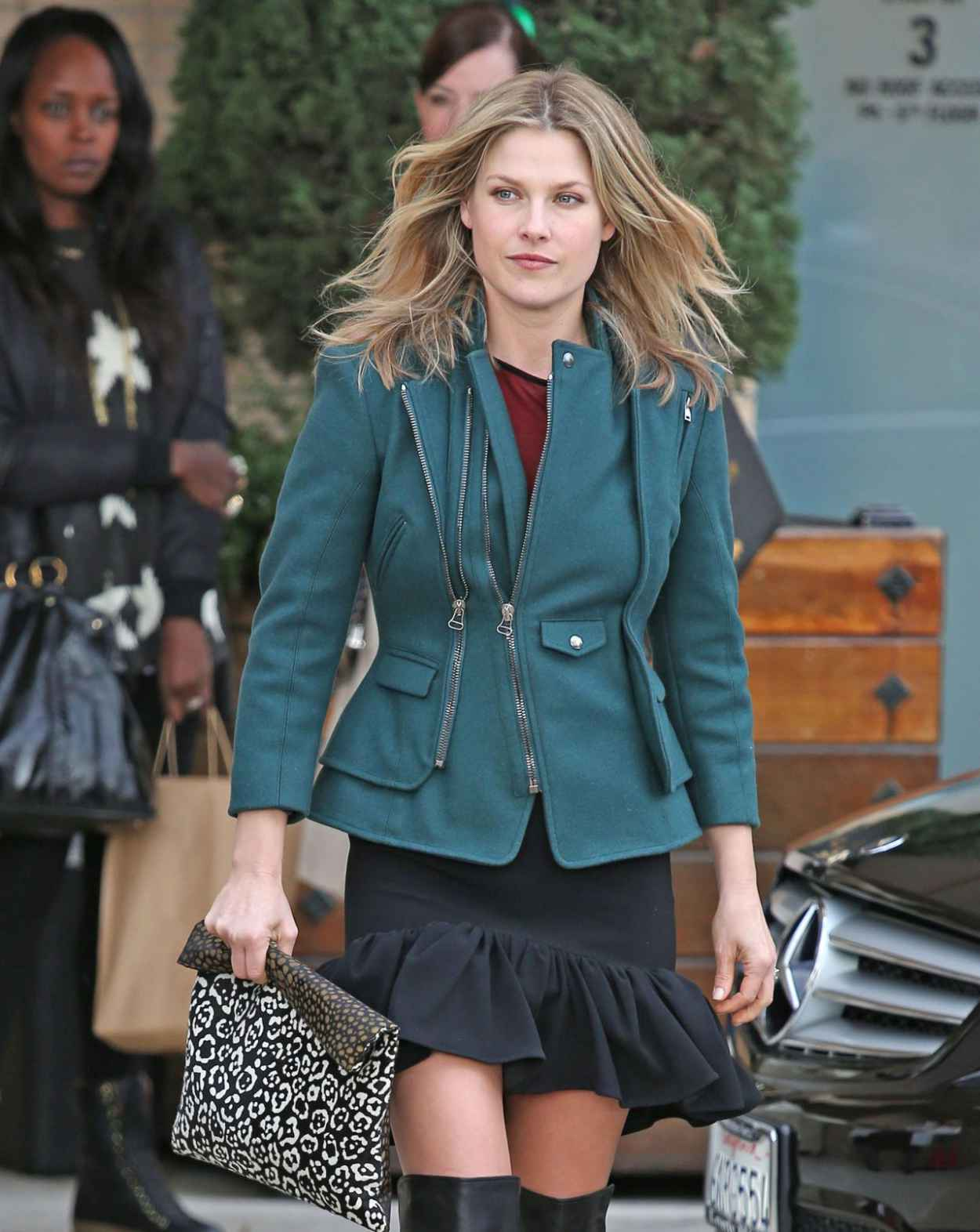 Ali Larter Street Style - at Barneys New York in Los Angeles - December 2015-1
