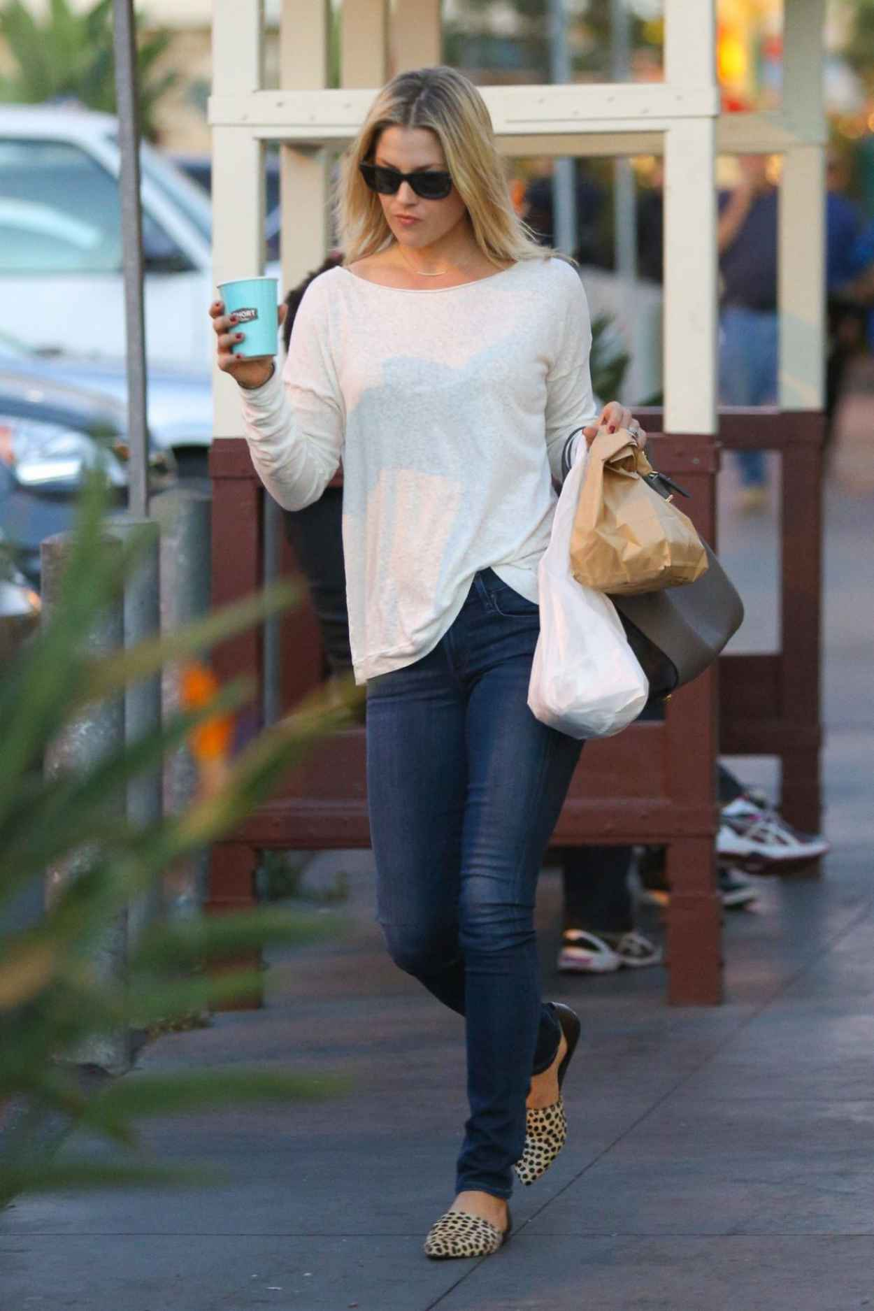 Ali Larter Street Style – in Tight Jeans Shopping in West ...