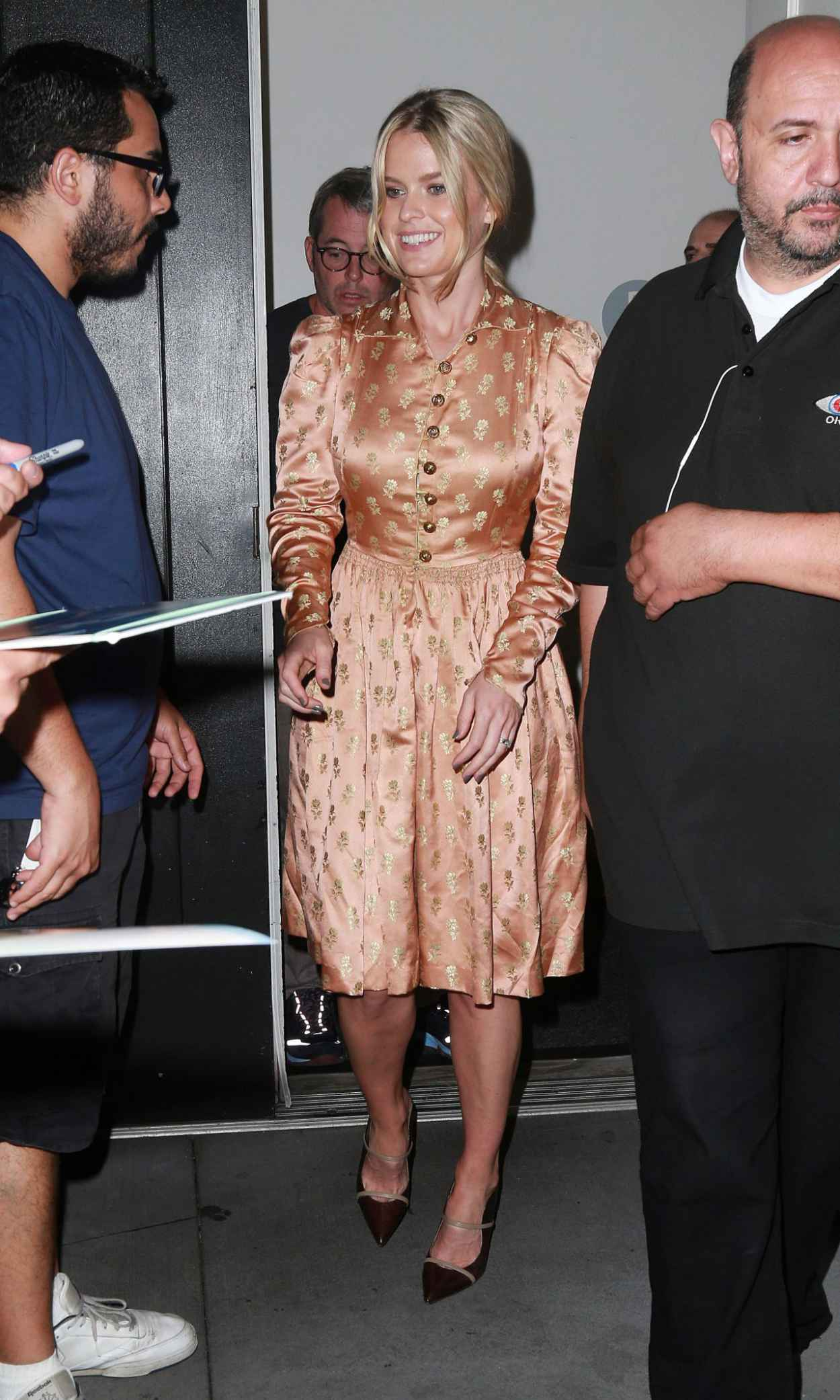 Alice Eve - Leaving Apple Store in NYC After Promoting Her New Movie Dirty Weekend-3