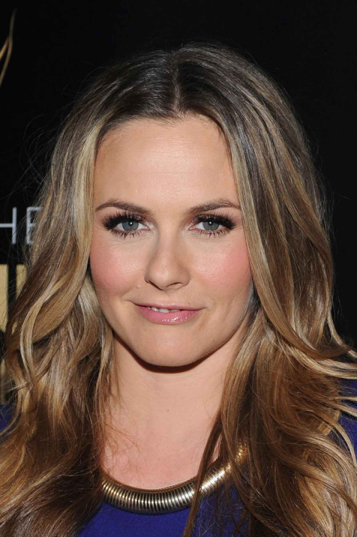 Alicia Silverstone - 2015 Lucille Lortel Awards in New York-2