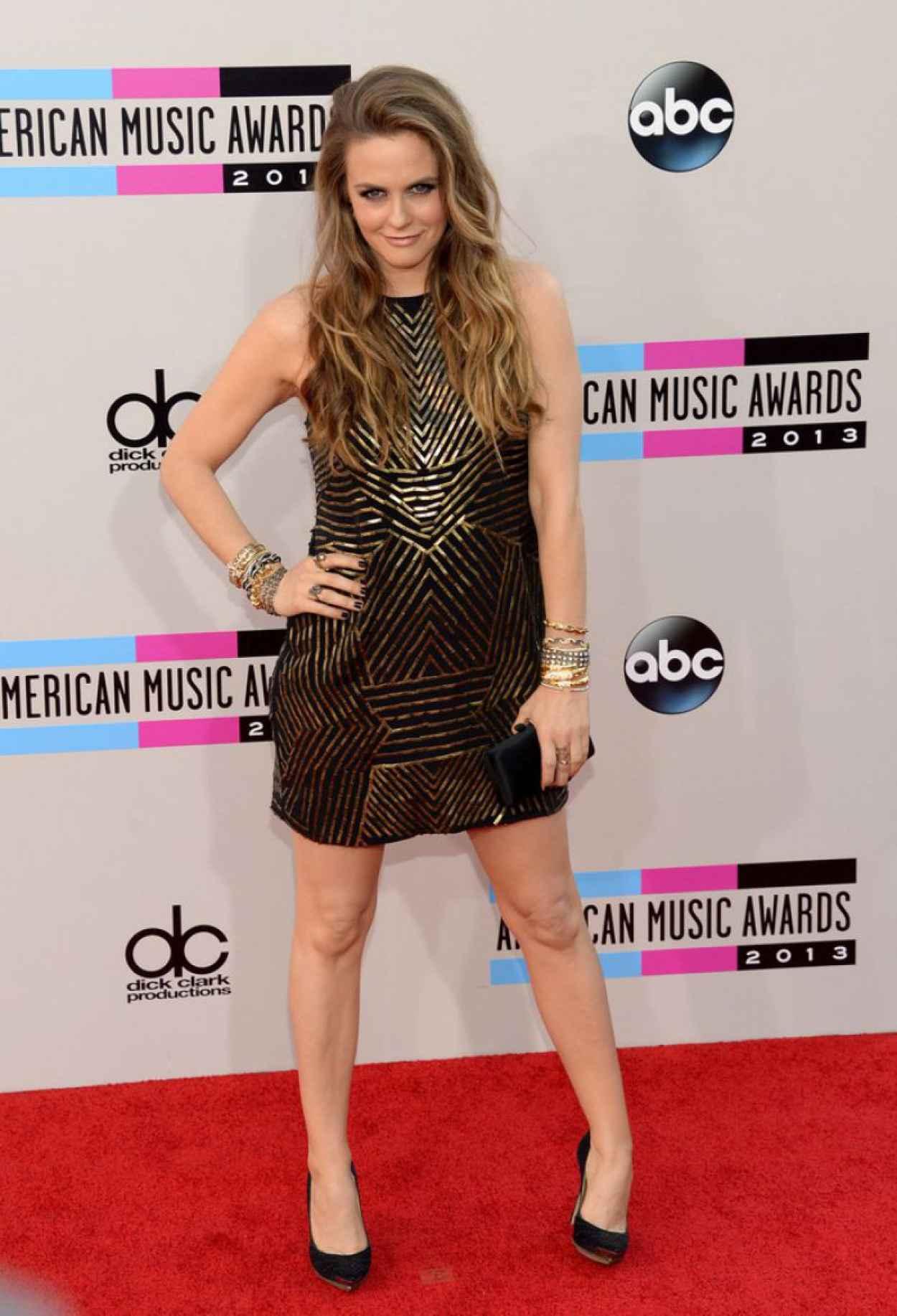 Alicia Silverstone Attends 2015 American Music Awards-2