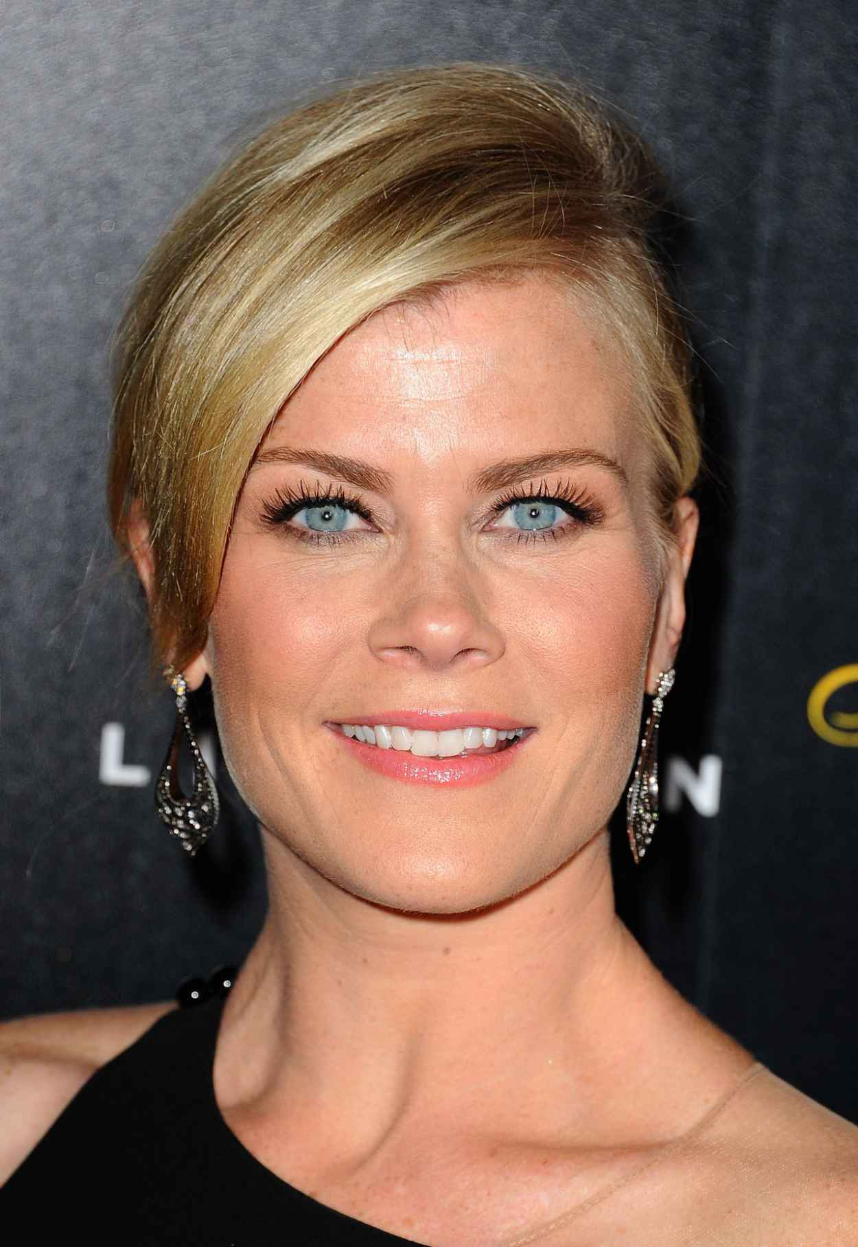 Alison Sweeney - 2015 Gracies Awards in Beverly Hills-5