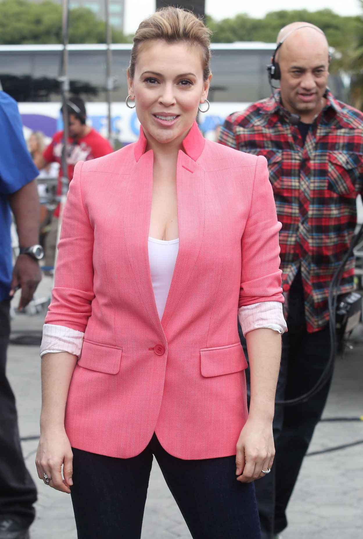 Alyssa Milano on the Set of EXTRA at The Grove in Los Angeles (2014)-1