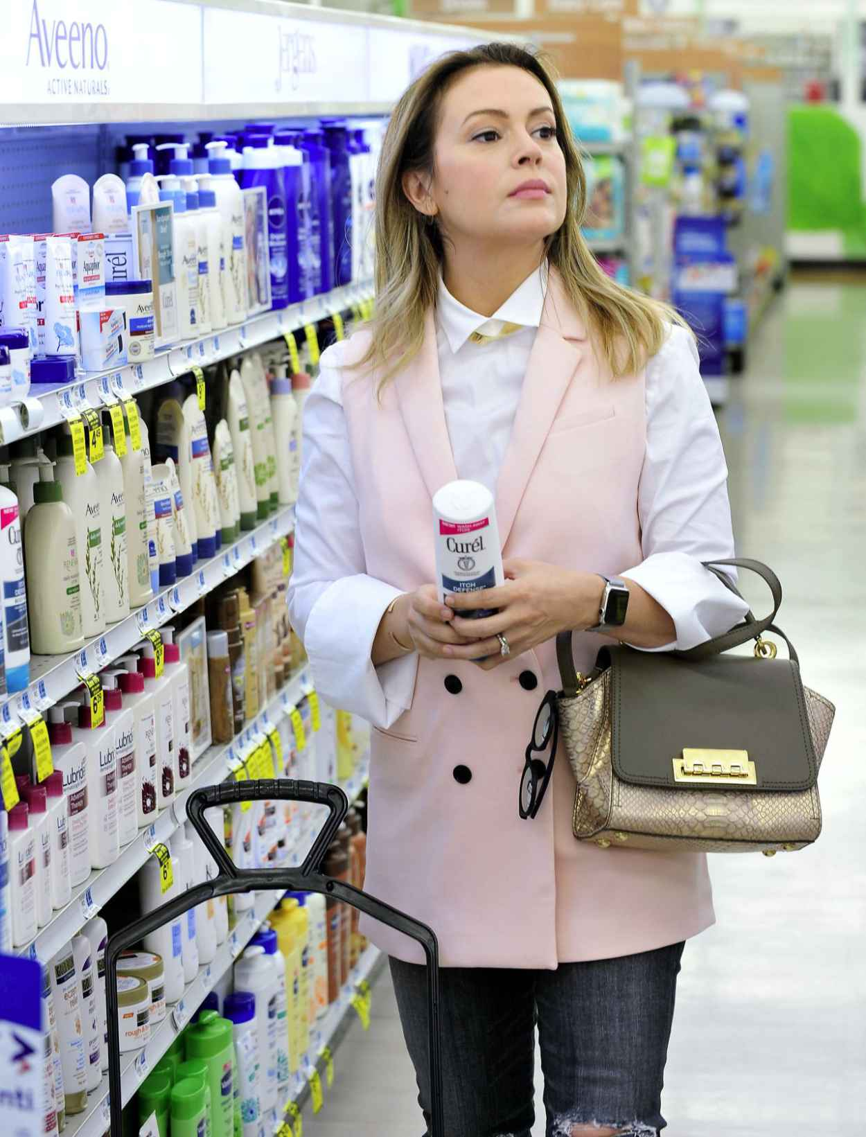 Alyssa Milano - Shopping in Los Angeles, October 2015-3