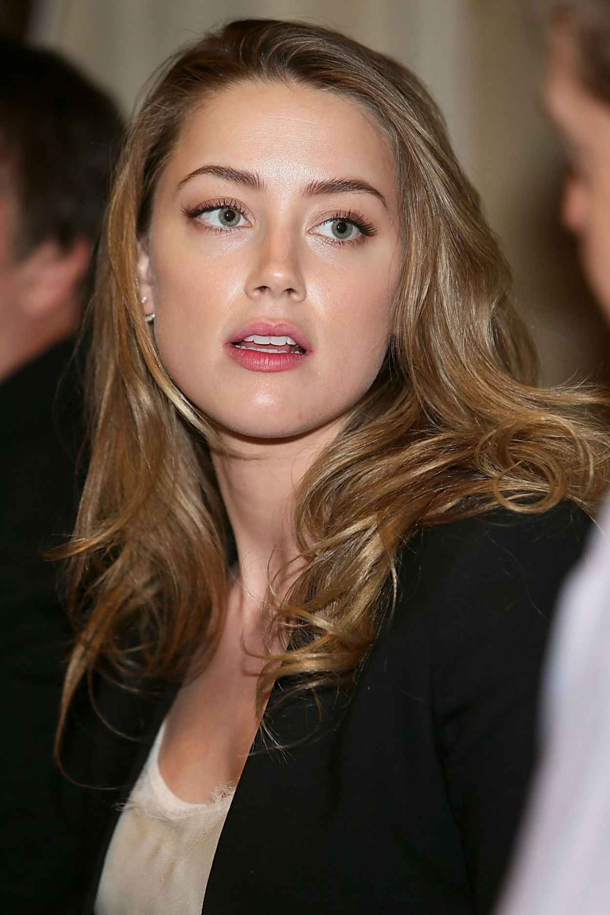 Amber Heard - 2015 Texas Film Awards Press Conference-1