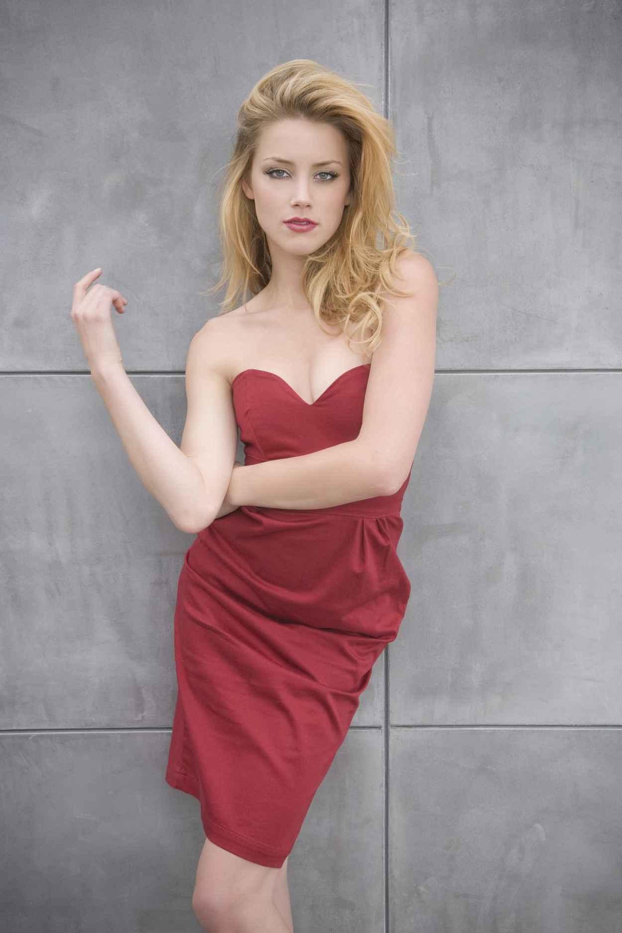 Amber Heard - Bobby Quillard Photoshoot for SNL - November 2015-1