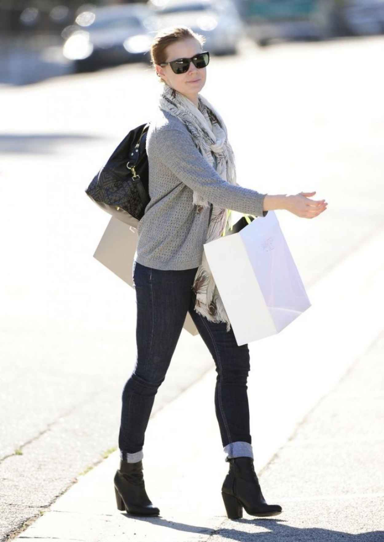 Amy Adams Street Style - Wears Jeans in Beverly Hills, January 2015-1