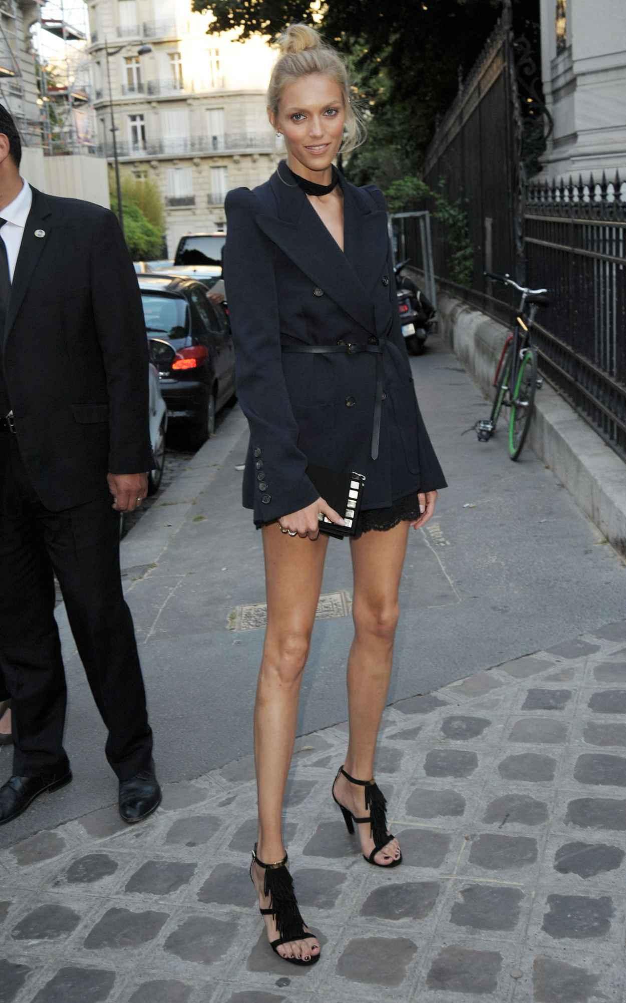 Anja Rubik - Vogue Party at Paris Fashion Week - July 2015-2