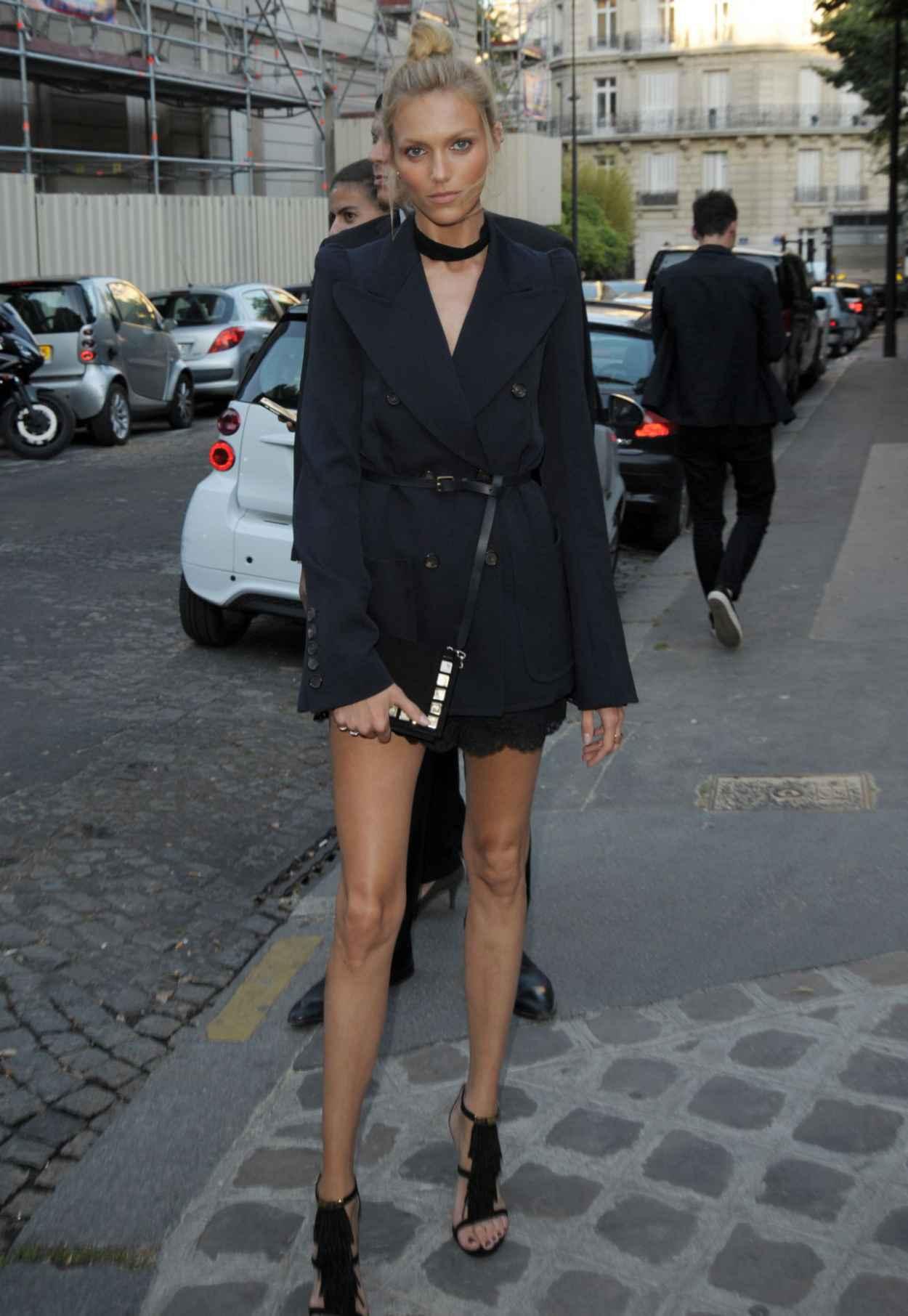 Anja Rubik - Vogue Party at Paris Fashion Week - July 2015-3