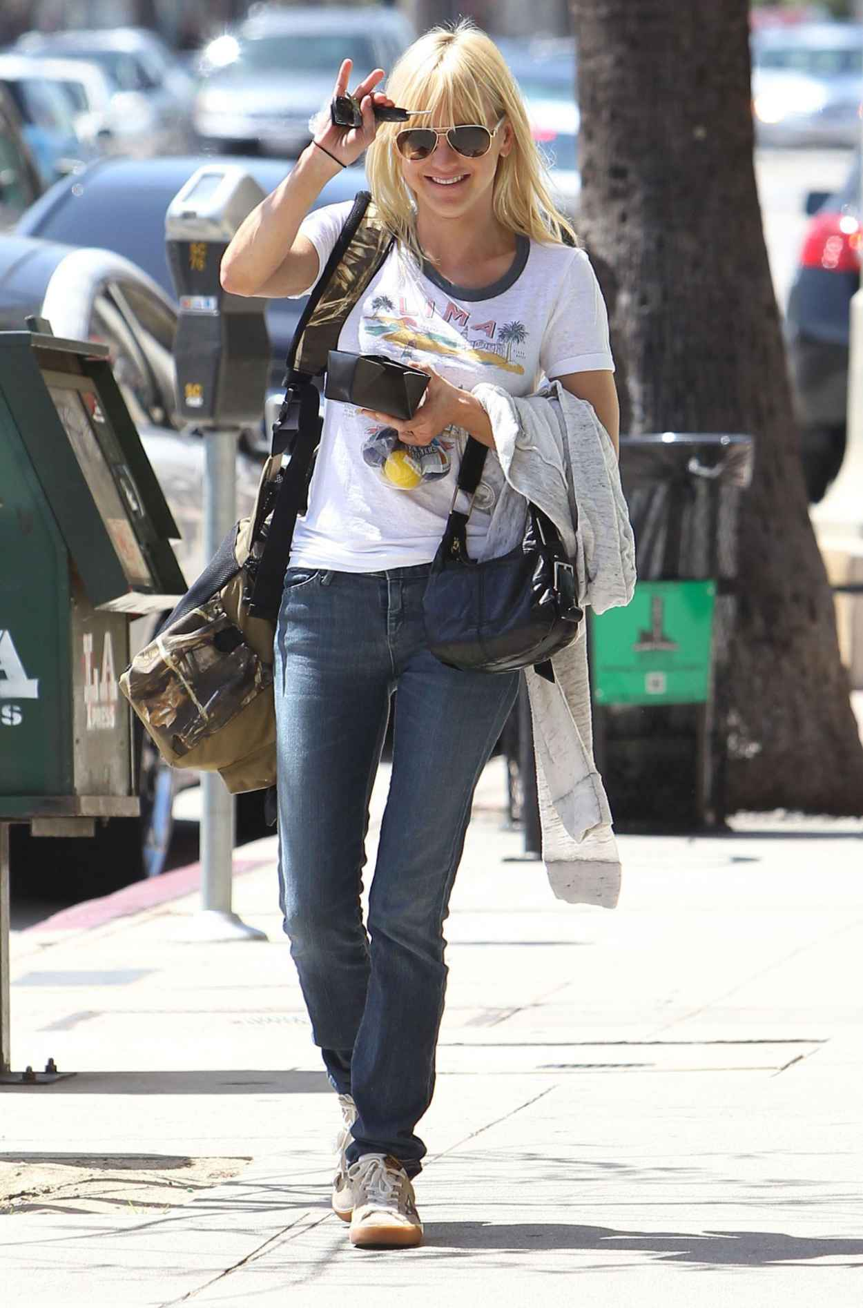 Anna Faris - Out in Los Angeles, April 2015-4