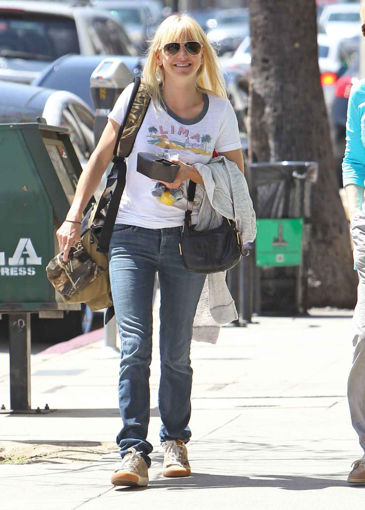 Anna Faris - Out in Los Angeles, April 2015-5