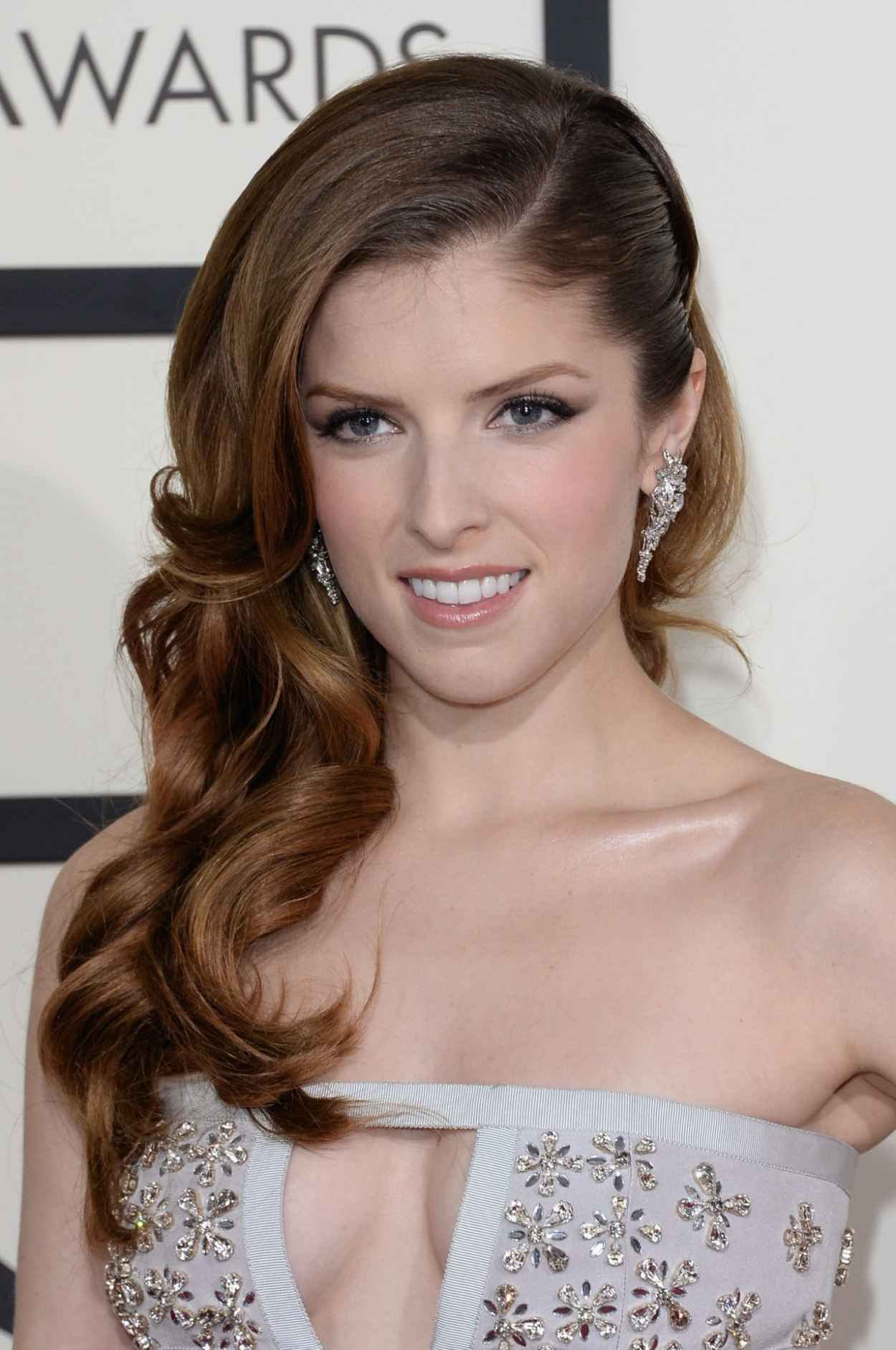 Anna Kendrick Wears Azzaro - 2015 Grammy Awards-1