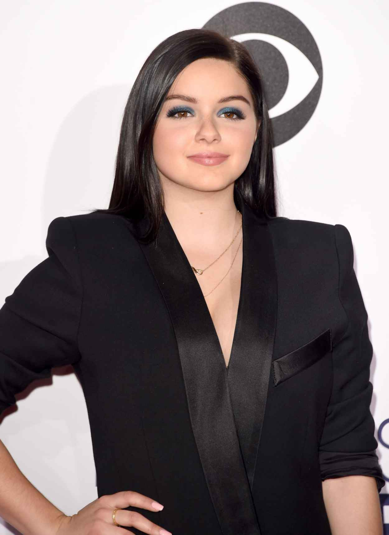 Ariel Winter - 2015 People-s Choice Awards in Los Angeles-1