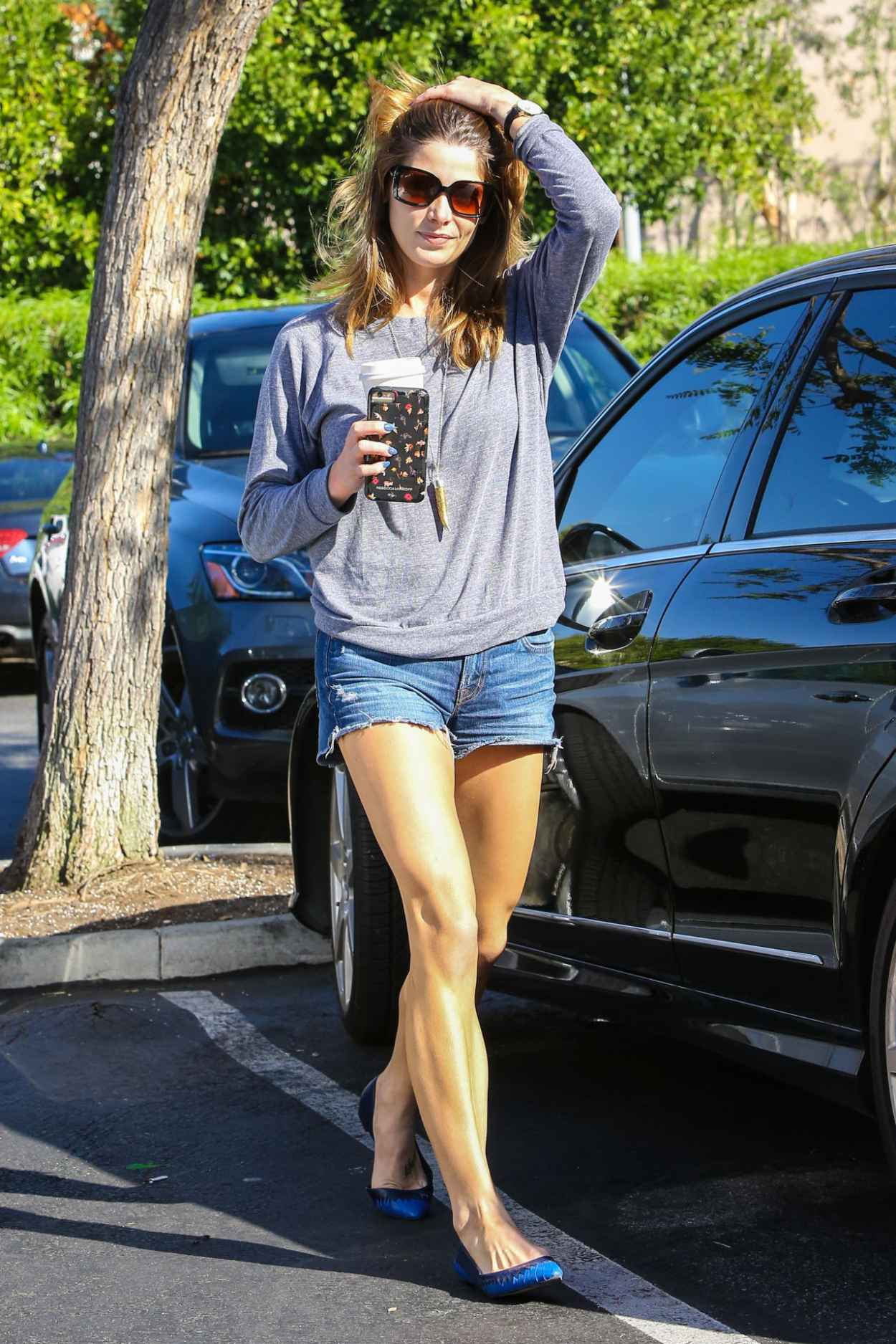 Ashley Greene in Jeans Shorts - Shopping at Bristol Farms, October 2015-3