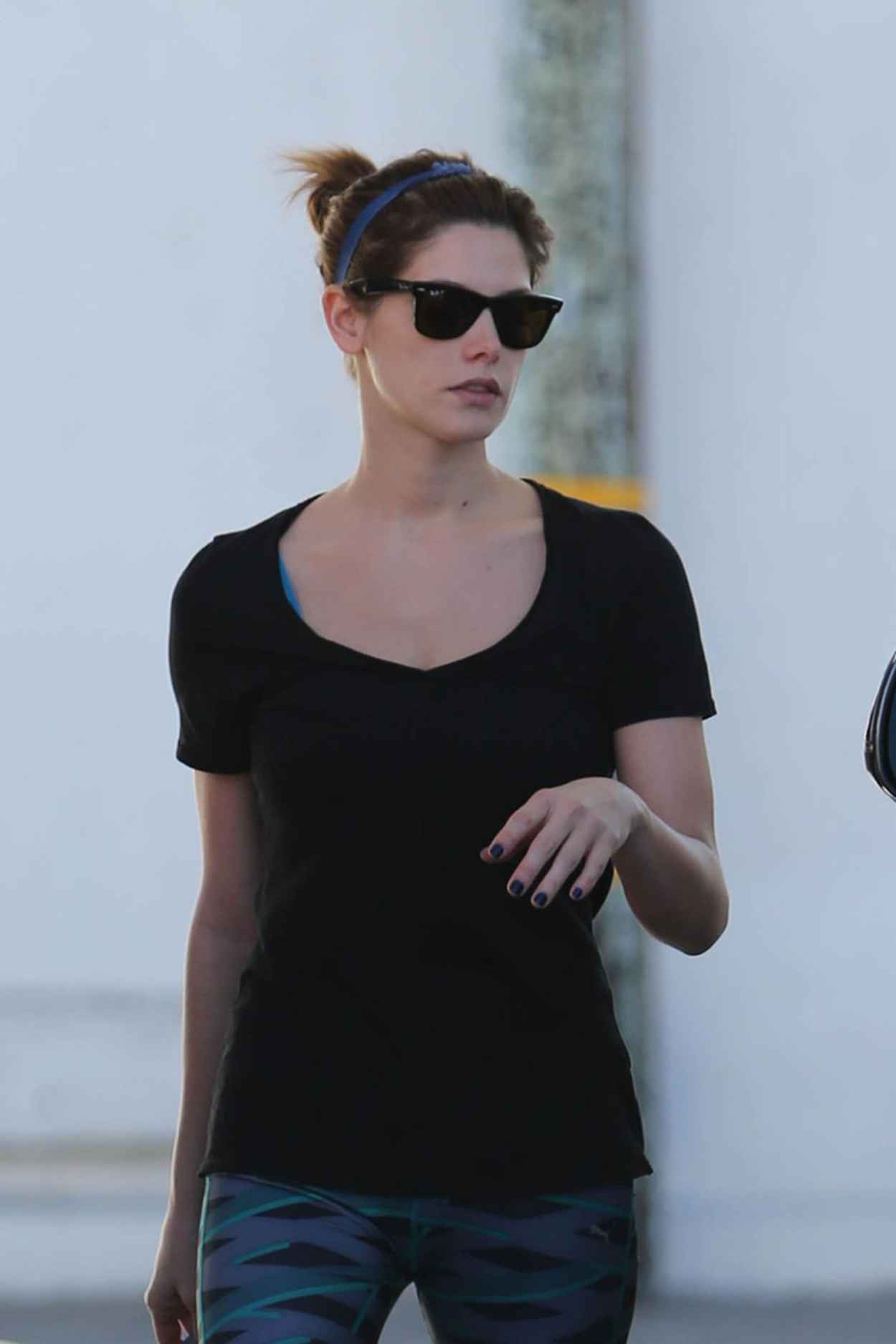 Ashley Greene Seen Pumping Gas in Beverly Hills, January 2015-2