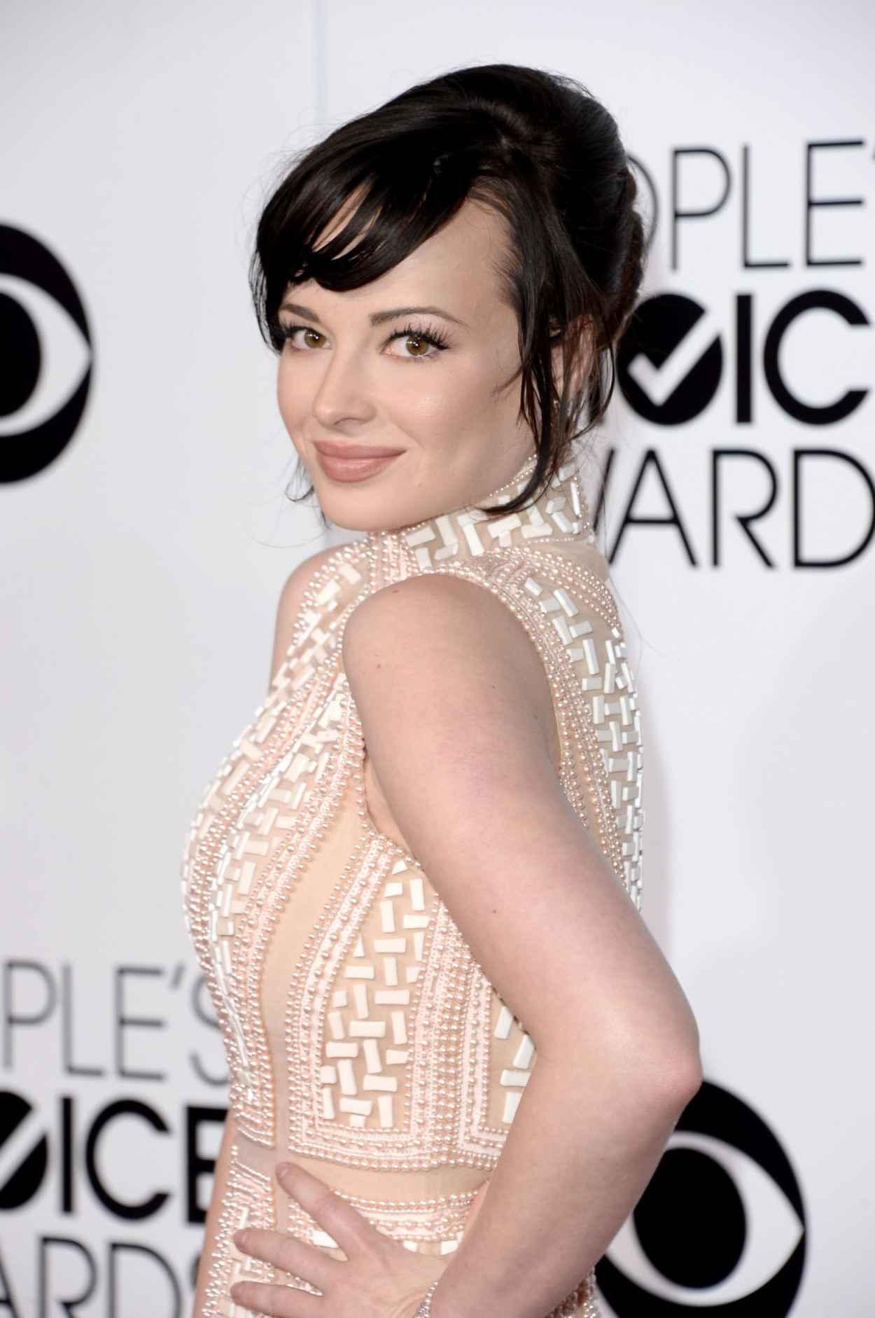 Ashley Rickards - 2015 People-s Choice Awards-1