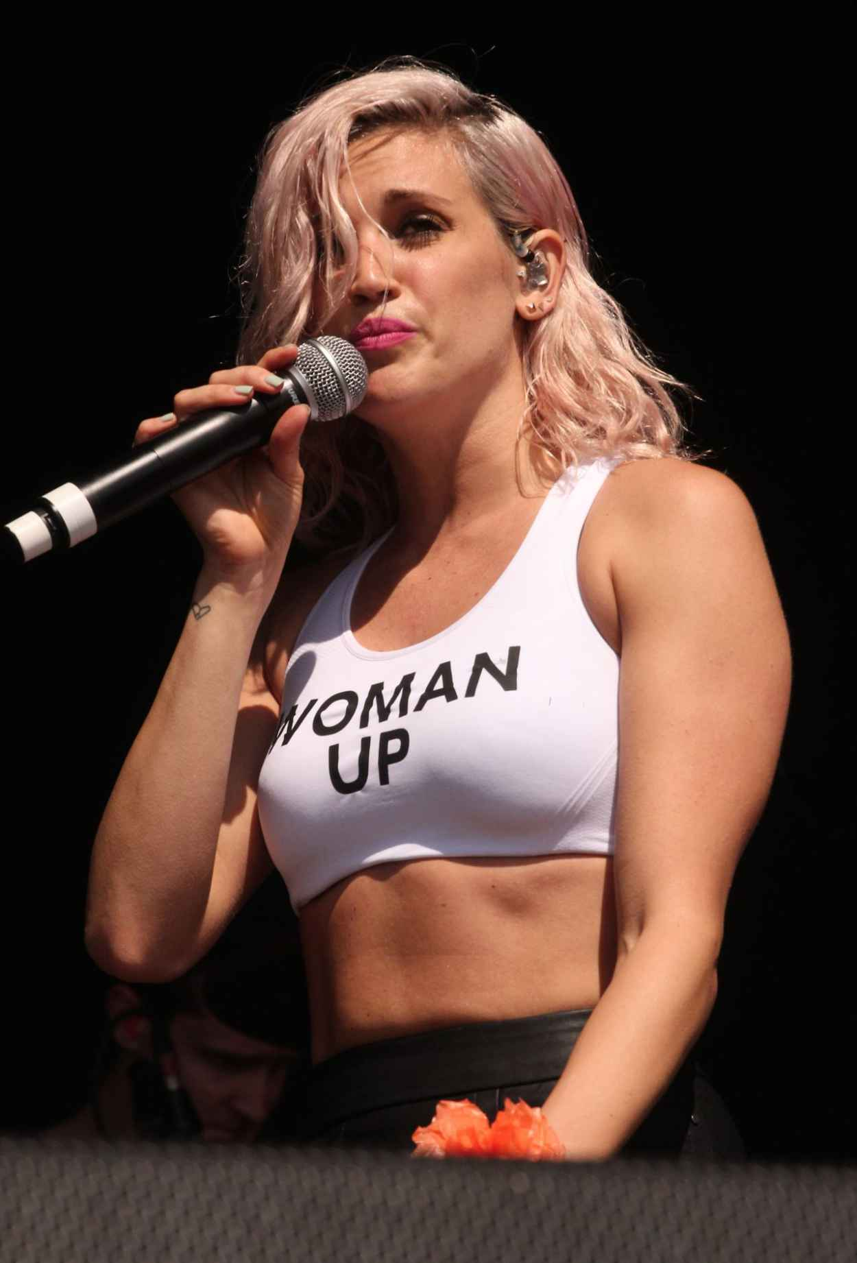 Ashley Roberts Performs at Guilfest Festival in Gulidford (UK) - July 2015-1