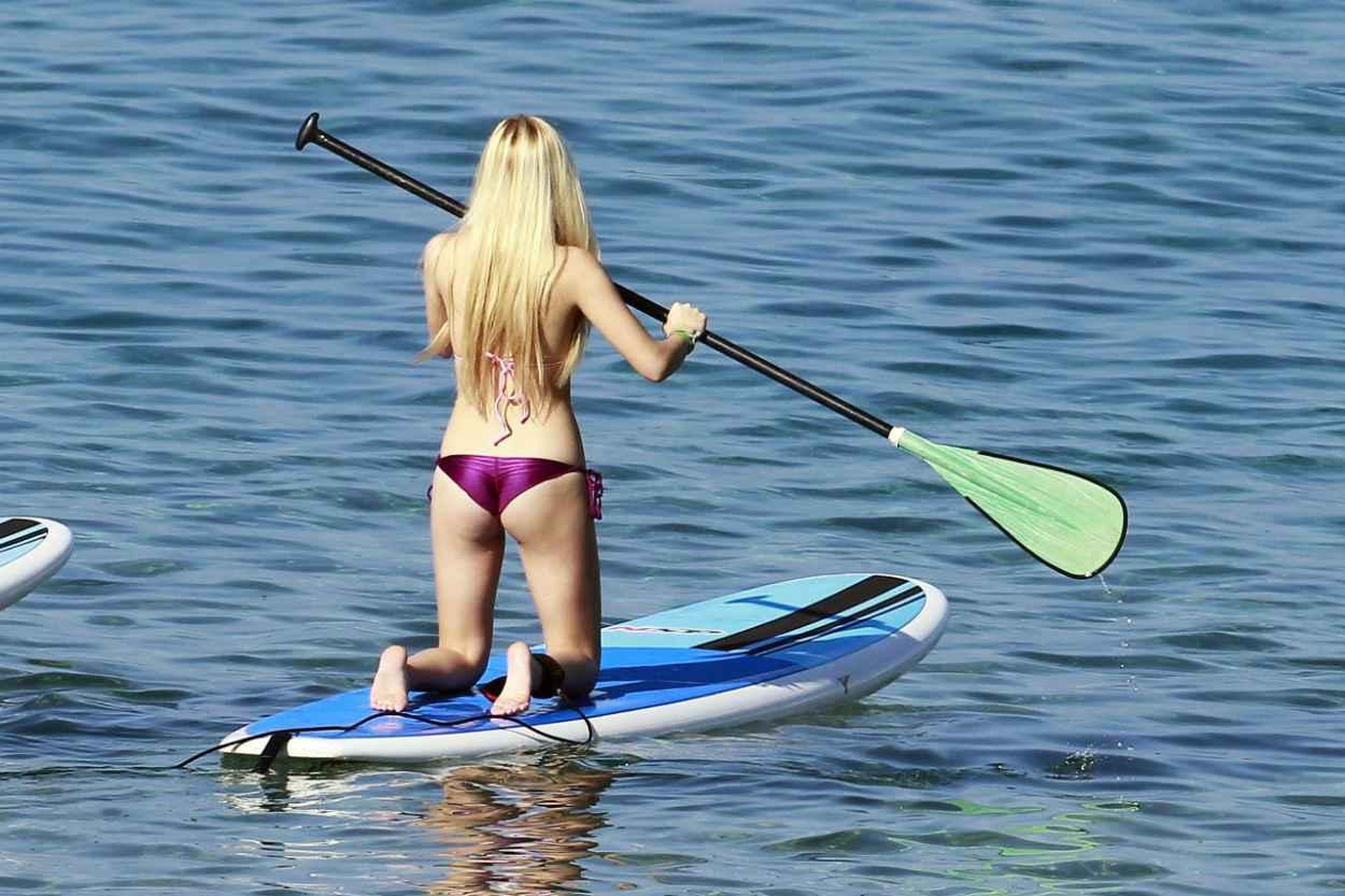 Robin Meade Hot Photos Images Bikini Gallery