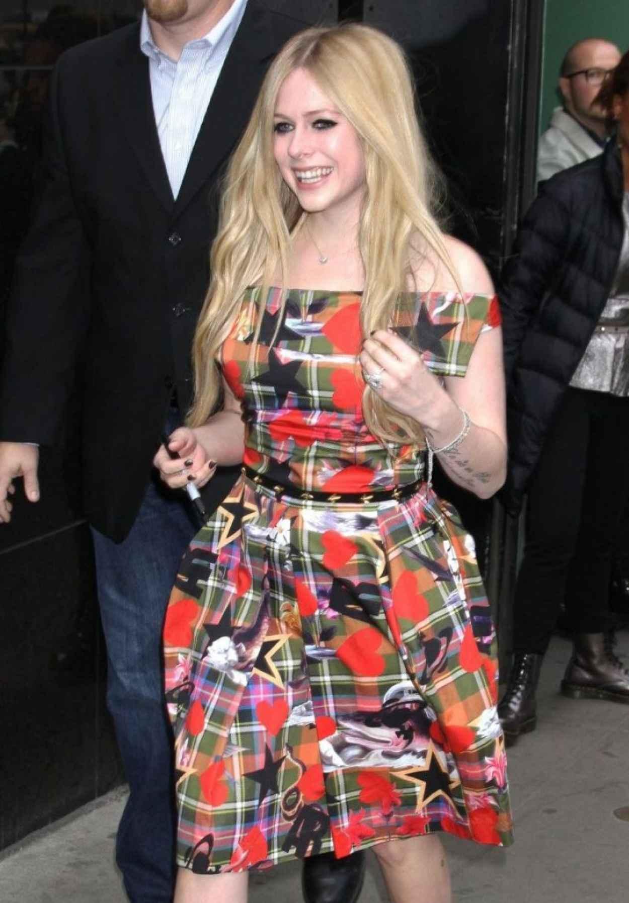 Avril Lavigne at Good Morning America in New York City-1