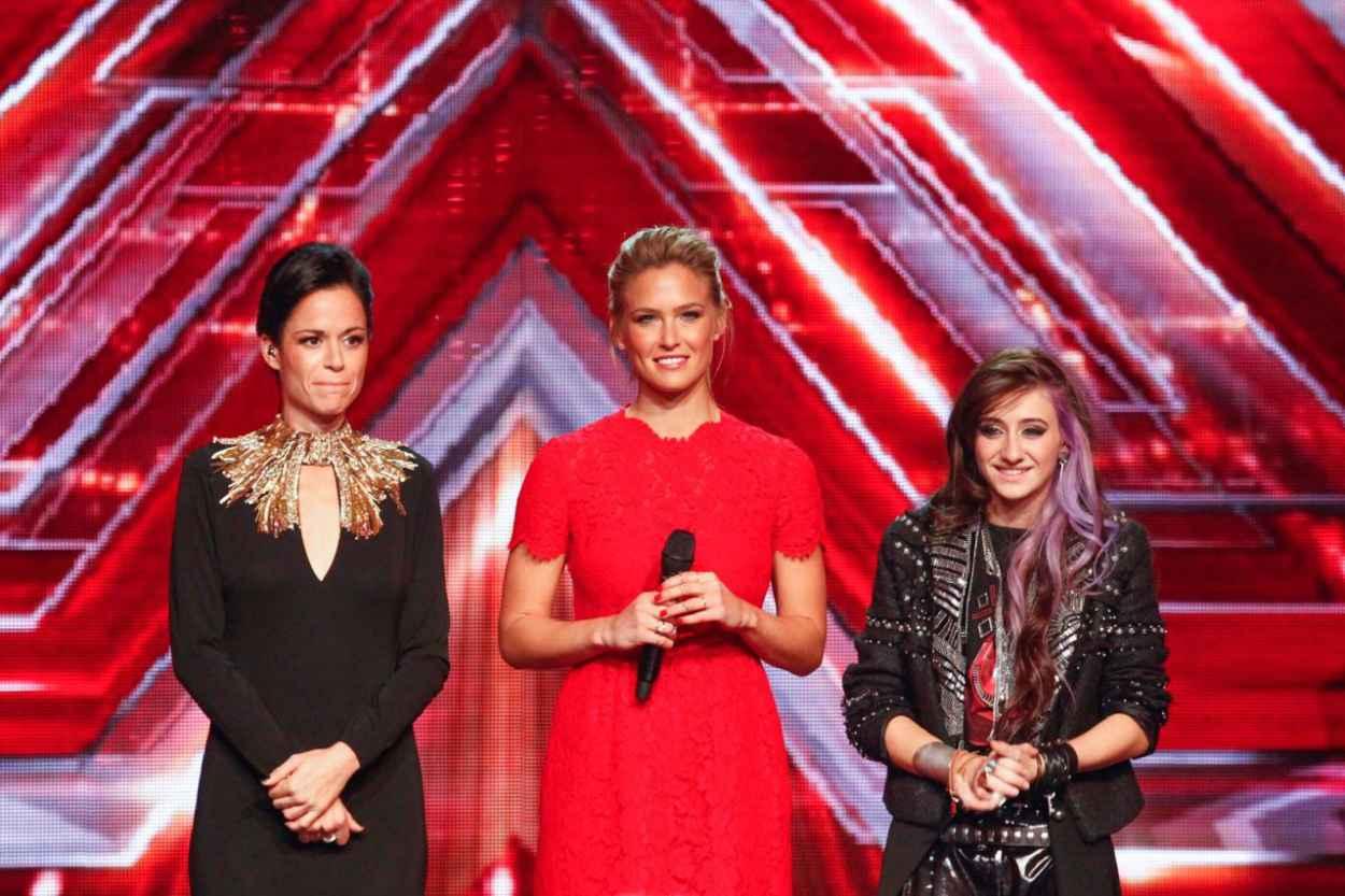 Bar Refaeli - The X Factor Israel - December 2015-1