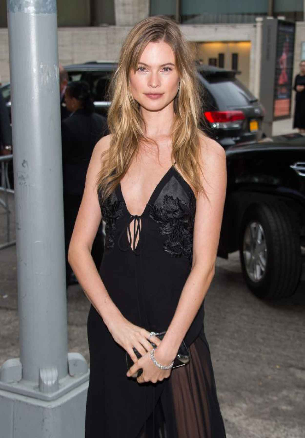 Behati Prinsloo - 2015 Fragrance Foundation Awards in NYC-1