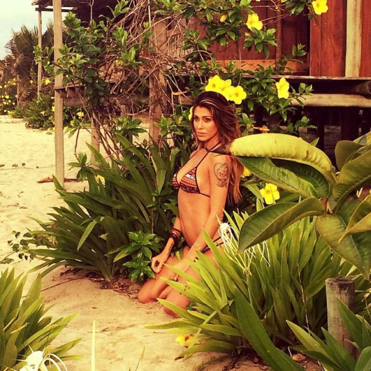Belen Rodriguez in Bikini - Photoshoot for SportWeek Dreams 2015-1