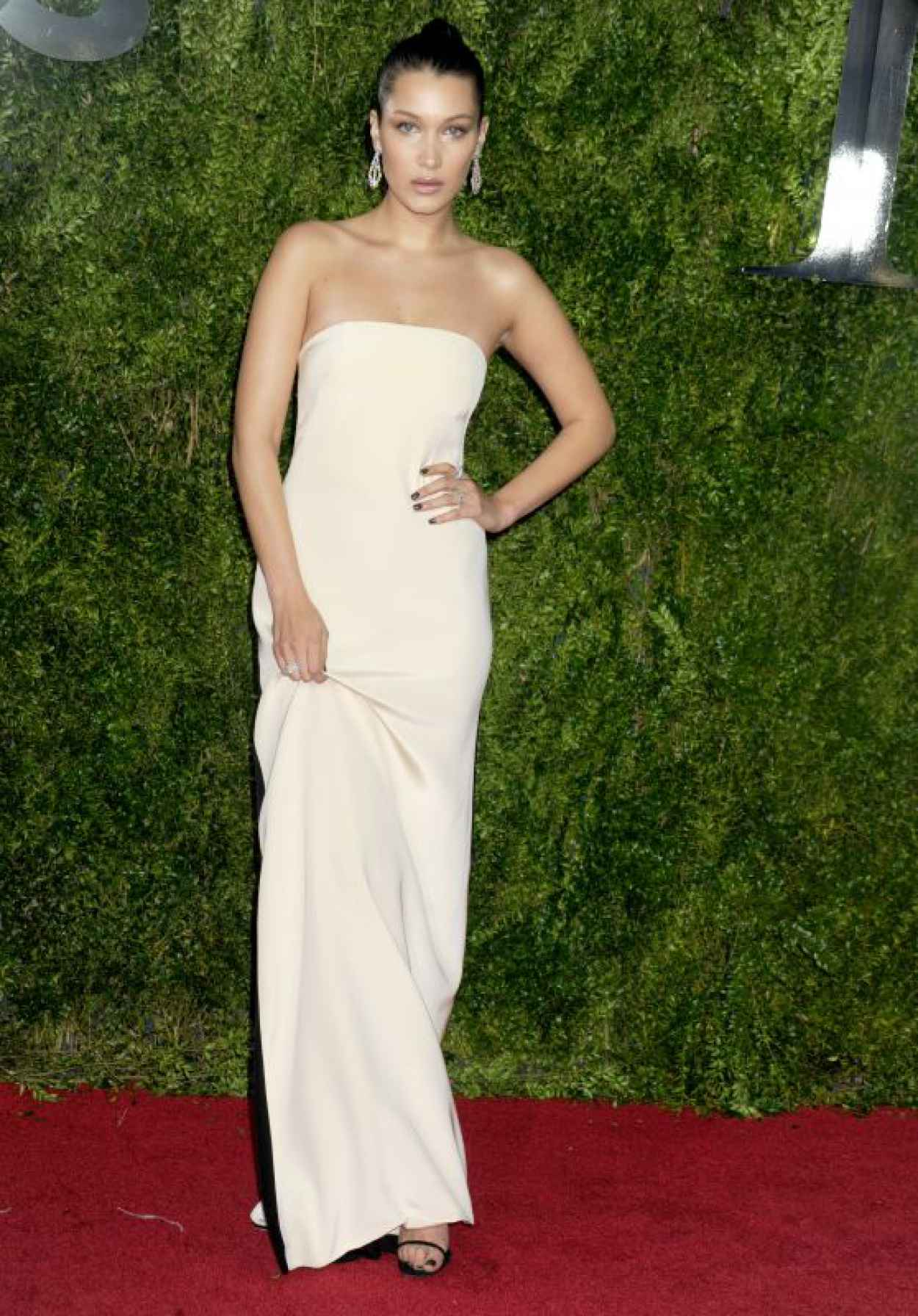 Bella Hadid - 2015 Tony Awards in New York City-1