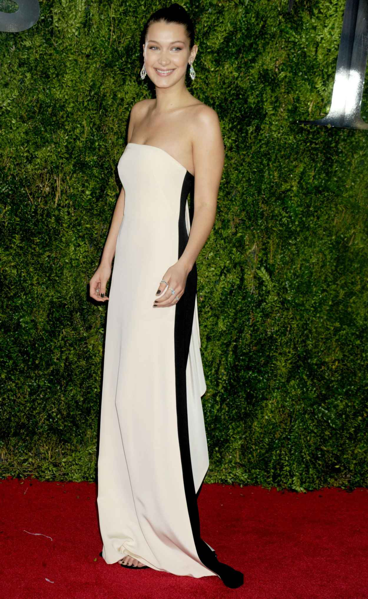 Bella Hadid - 2015 Tony Awards in New York City-2