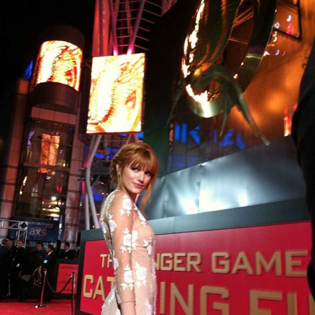 Bella Thorne on Red Carpet - THE HUNGER GAMES: CATCHING FIRE Premiere in Los Angeles-2