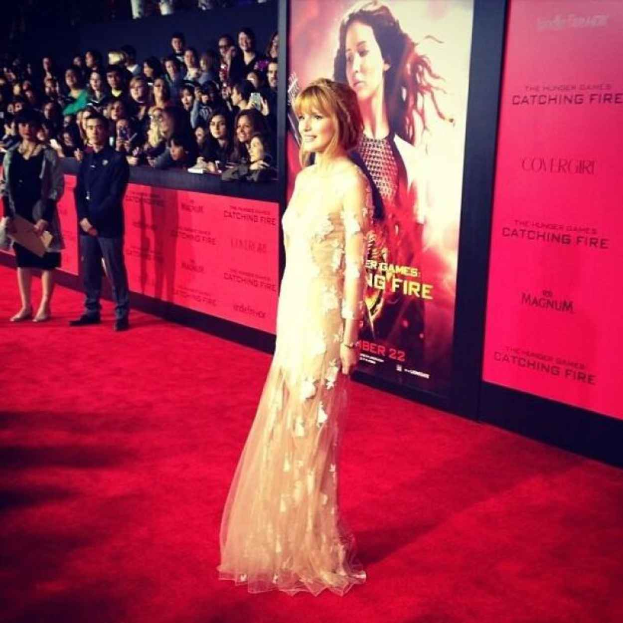 Bella Thorne on Red Carpet - THE HUNGER GAMES: CATCHING FIRE Premiere in Los Angeles-4