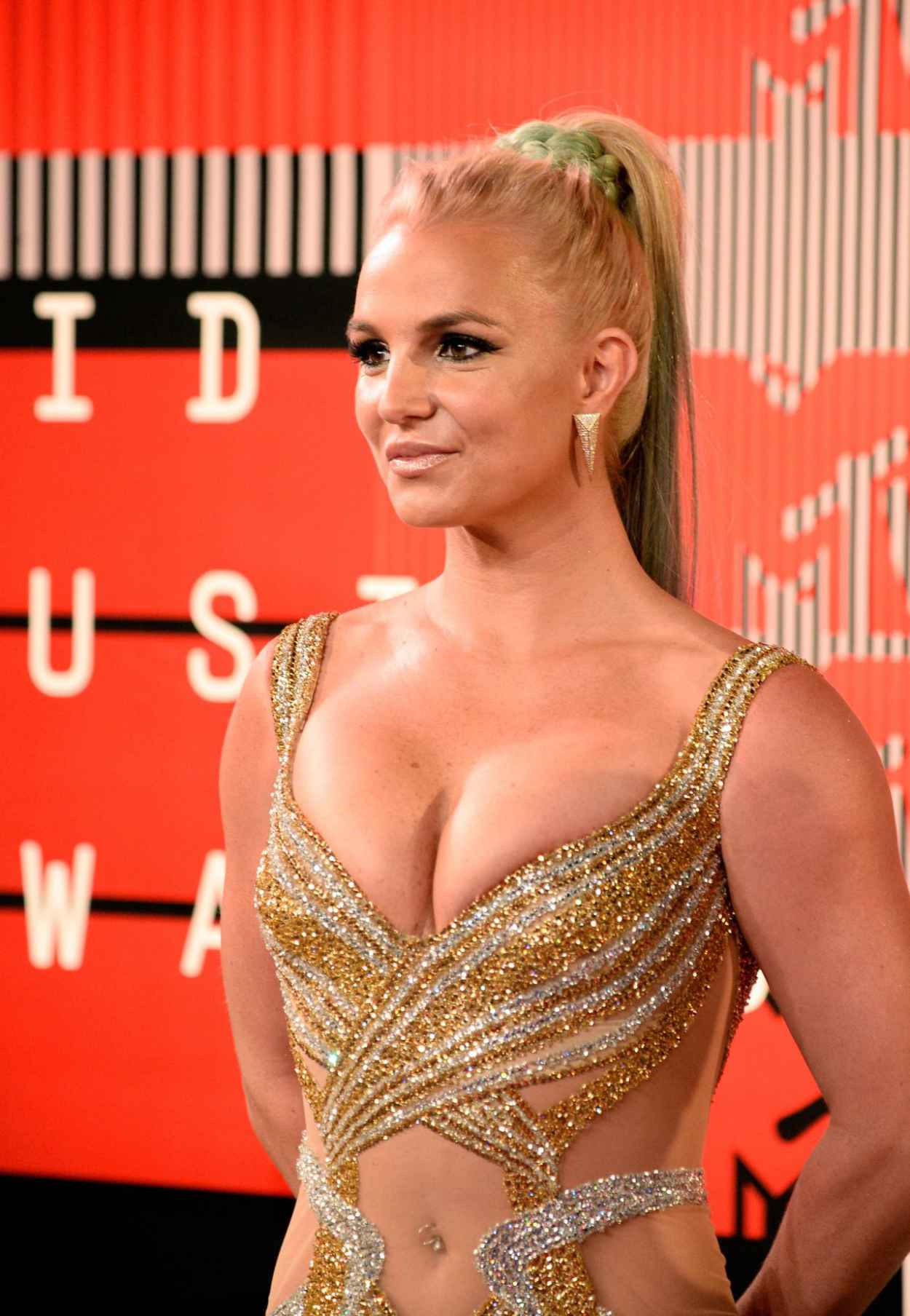 Britney Spears - 2015 MTV Video Music Awards at Microsoft Theater in Los Angeles-5
