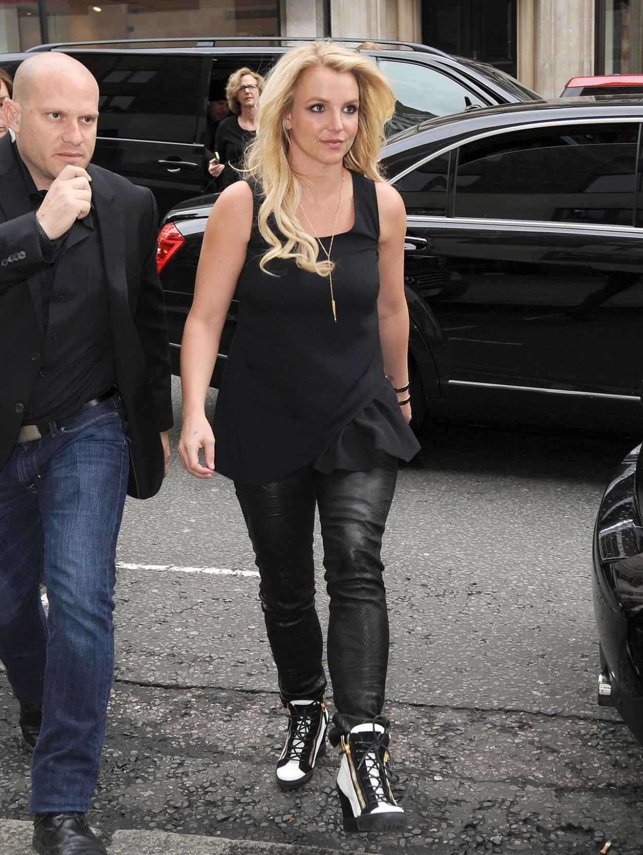 Britney Spears in Leather, London - October 2015-1