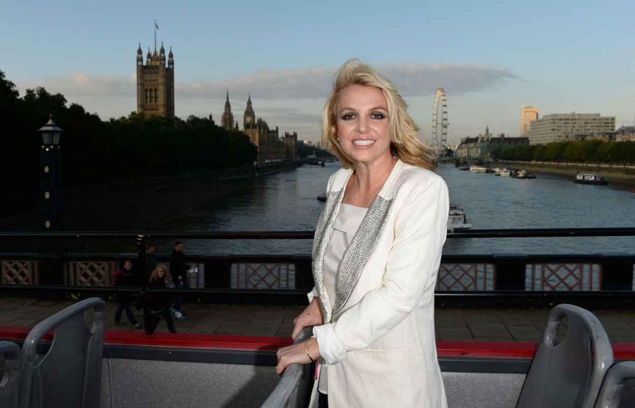 Britney Spears in London, October 2015-1