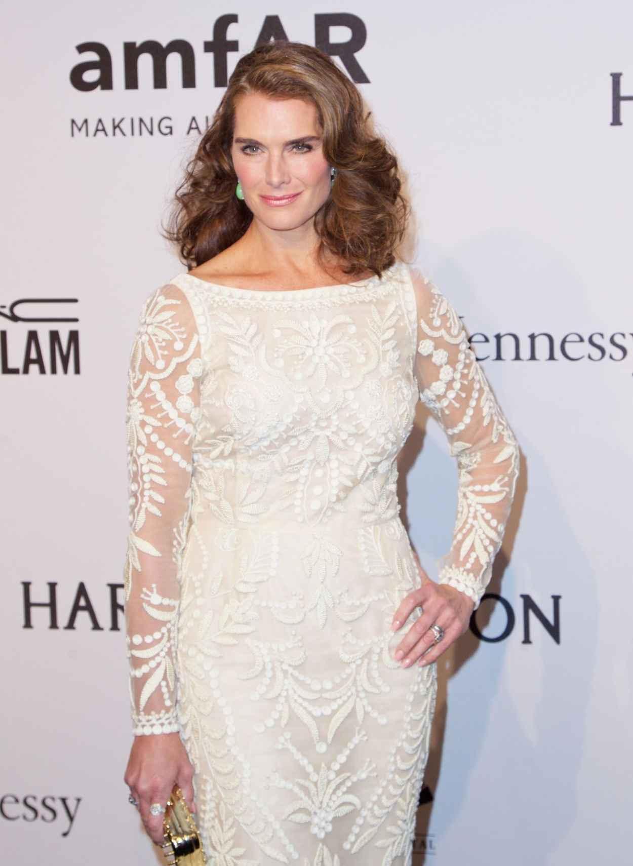 Brooke Shields - 2015 amfAR New York Gala-1