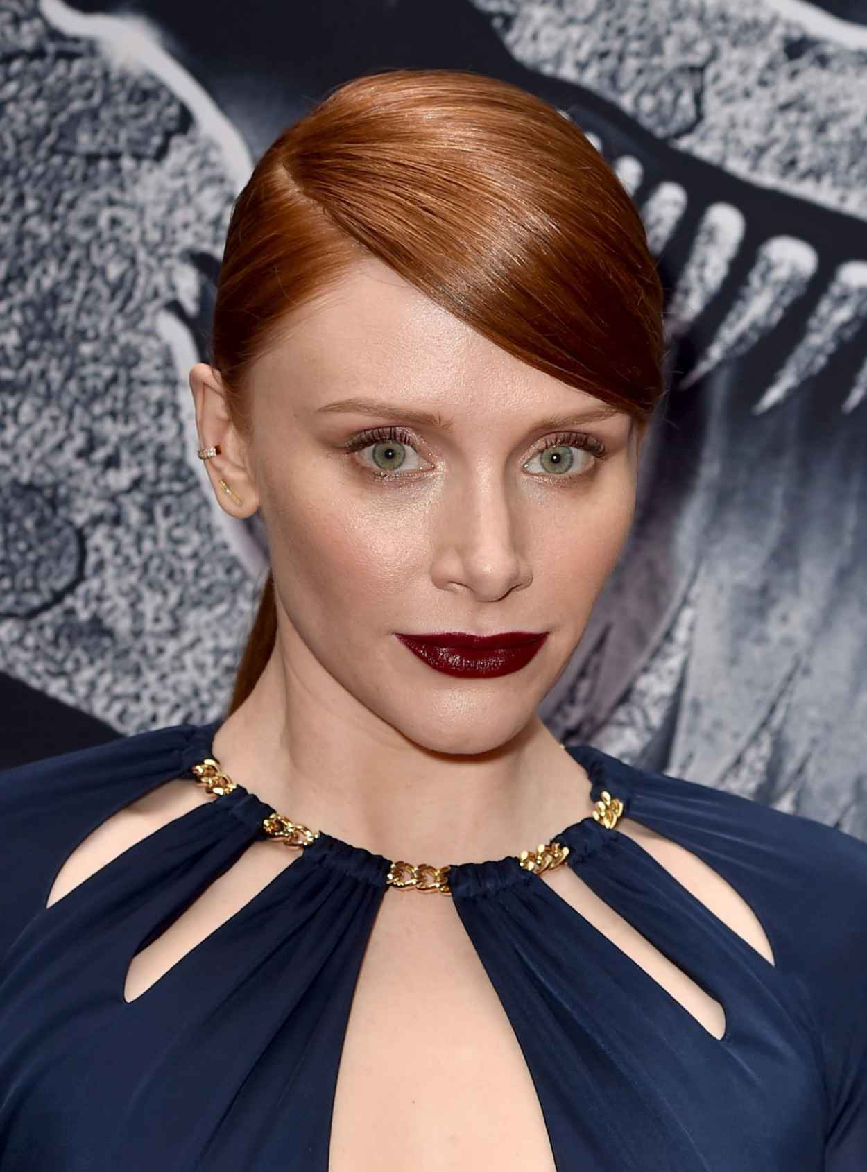 Bryce Dallas Howard - Jurassic World Premiere in Hollywood-2