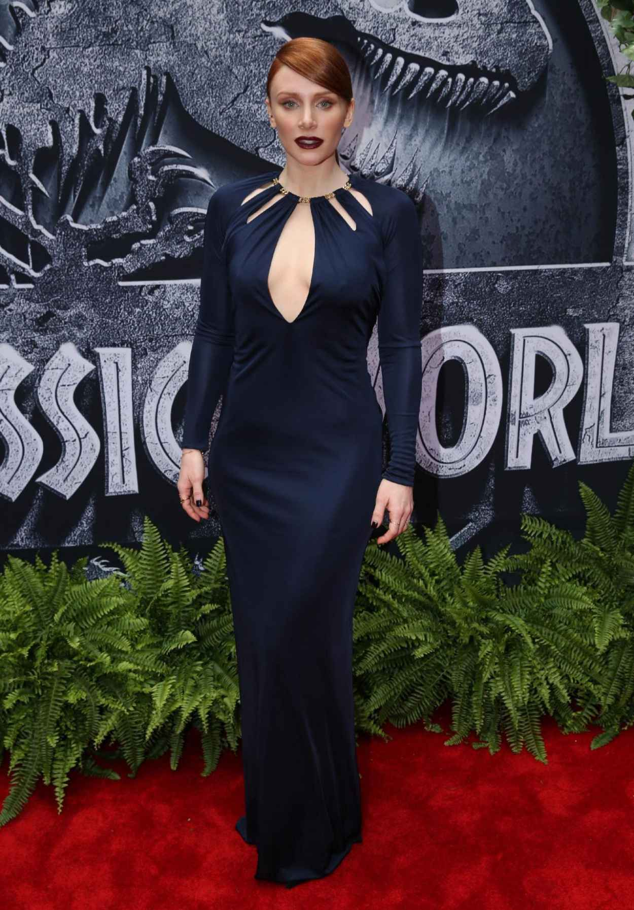 Bryce Dallas Howard - Jurassic World Premiere in Hollywood-5
