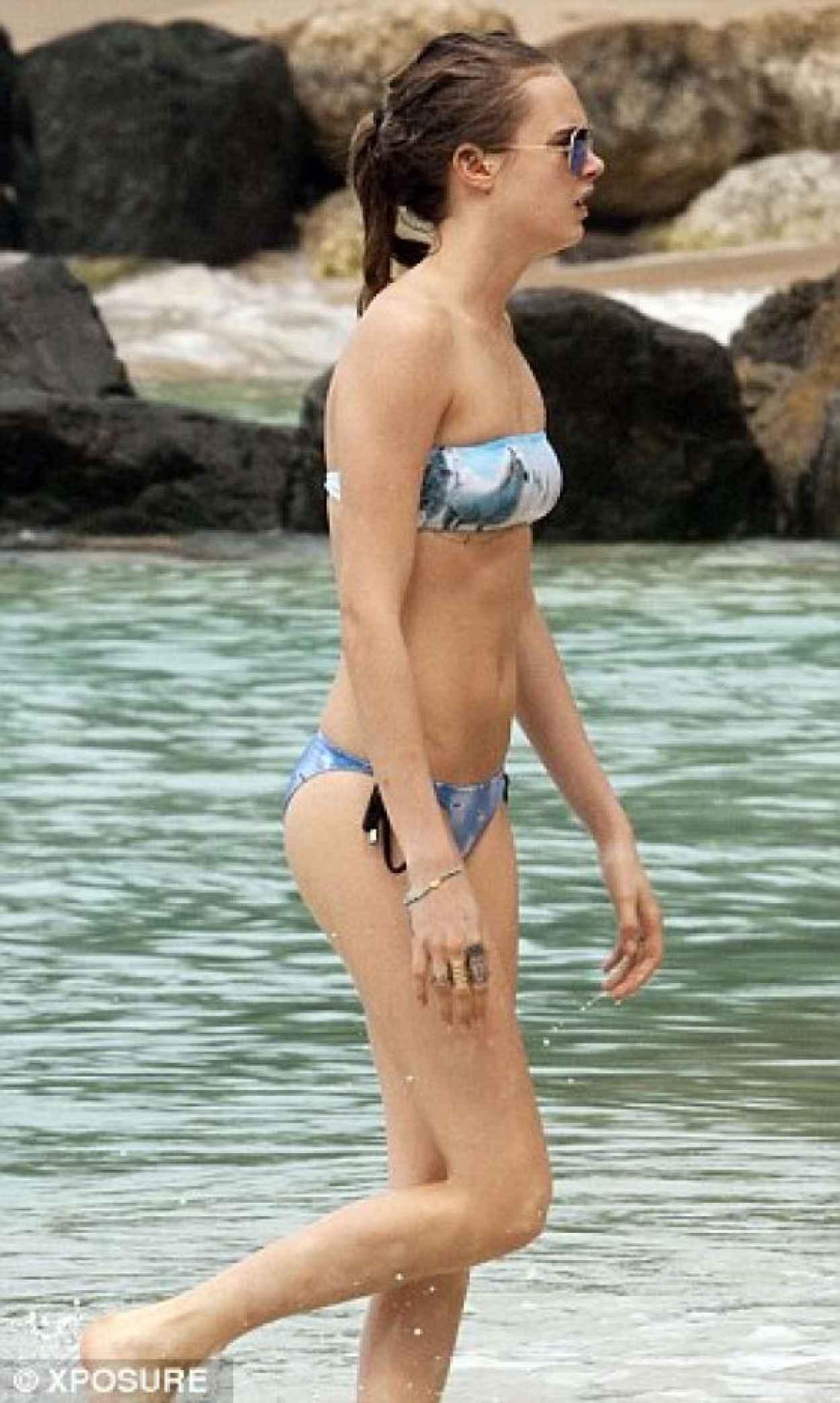 Cara Delevingne in a Bikini in Barbados - December 25, 2015 - Part 1-1