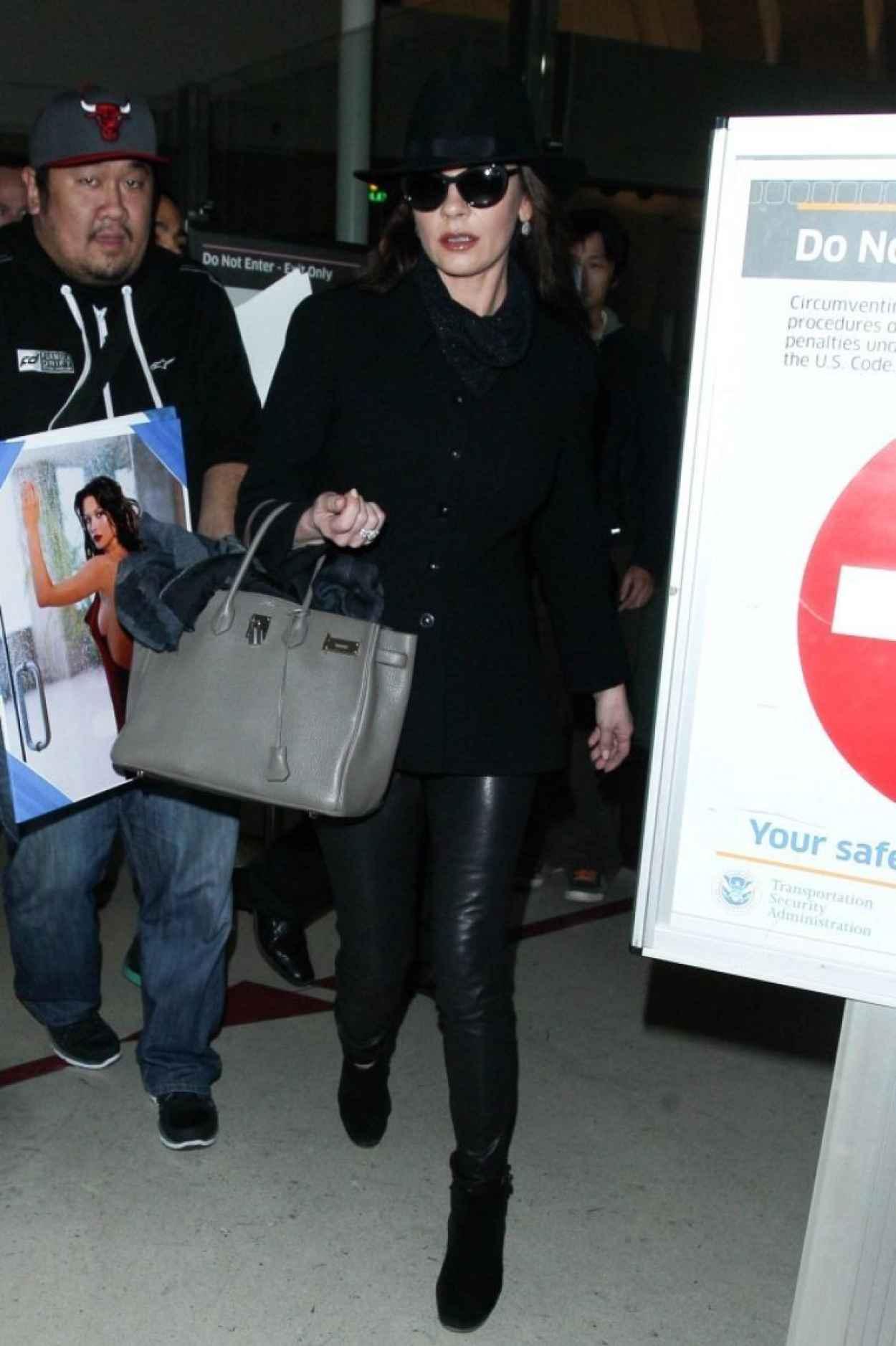 Catherine Zeta Jones - at LAX Airport, January 2015-5